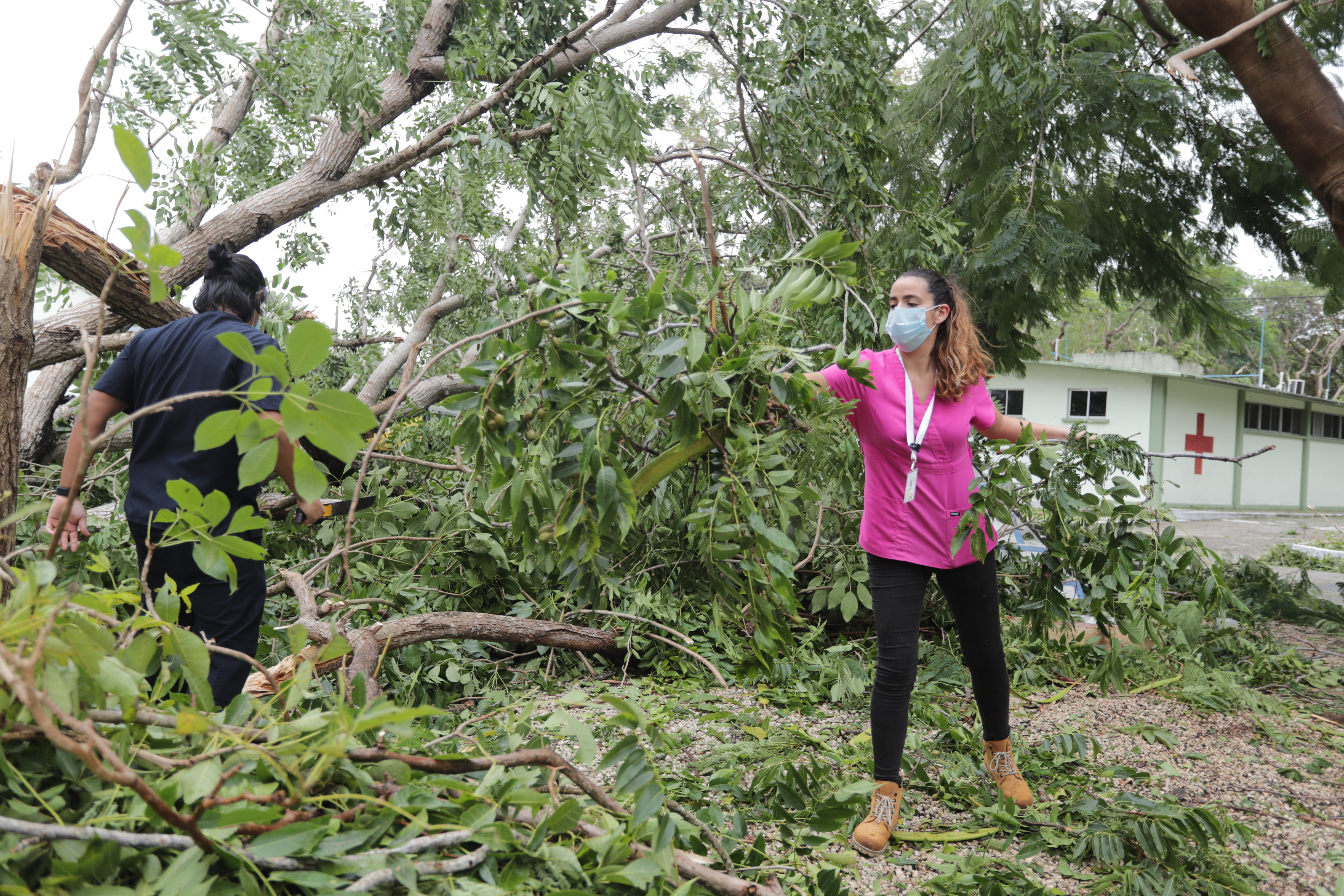 Hurricane Delta reaches the coast of Quintana Roo in Category 3