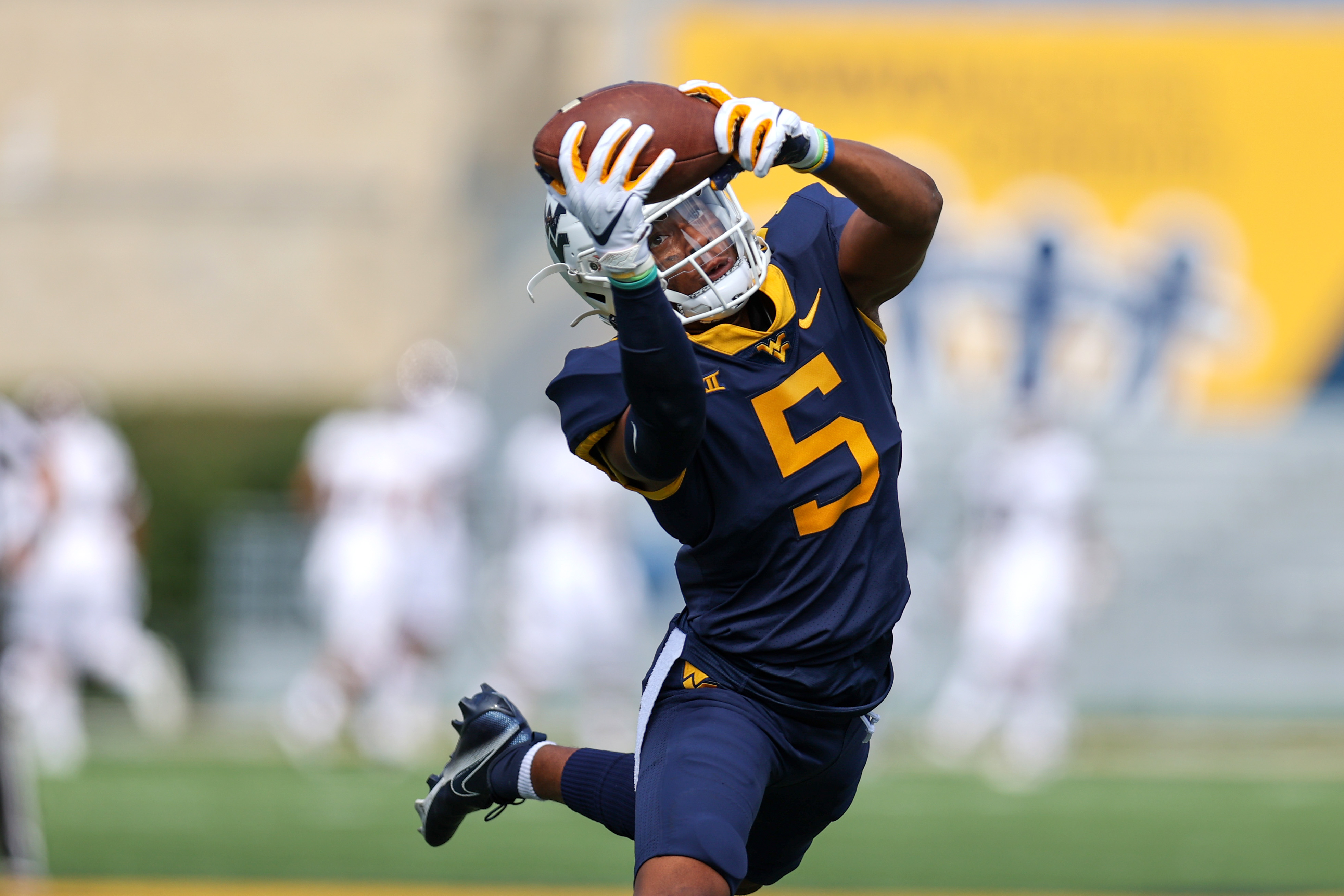 COLLEGE FOOTBALL: SEP 12 Eastern Kentucky at West Virginia