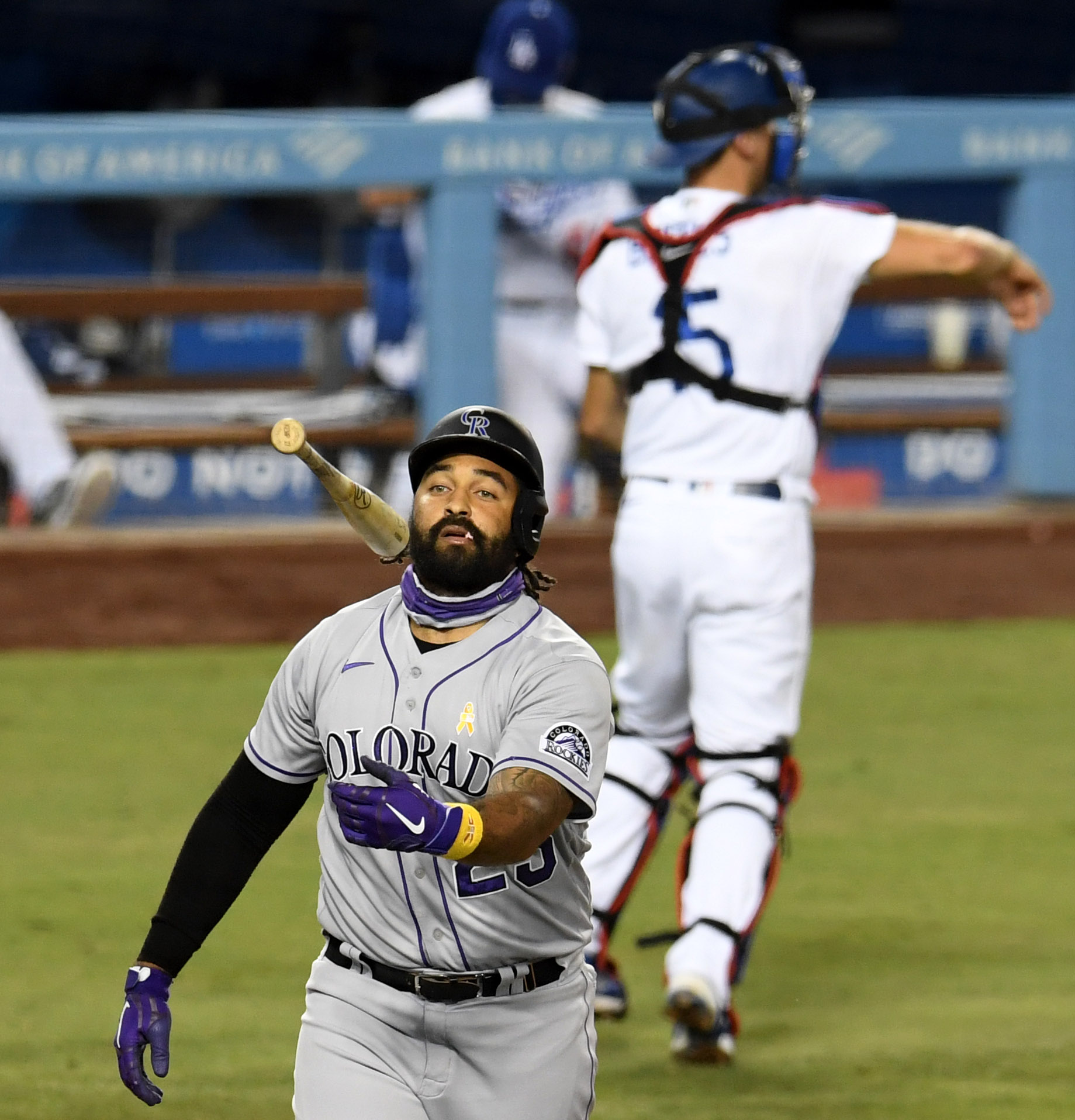 Colorado Rockies defeat the Los Angeles Dodgers 5-2.