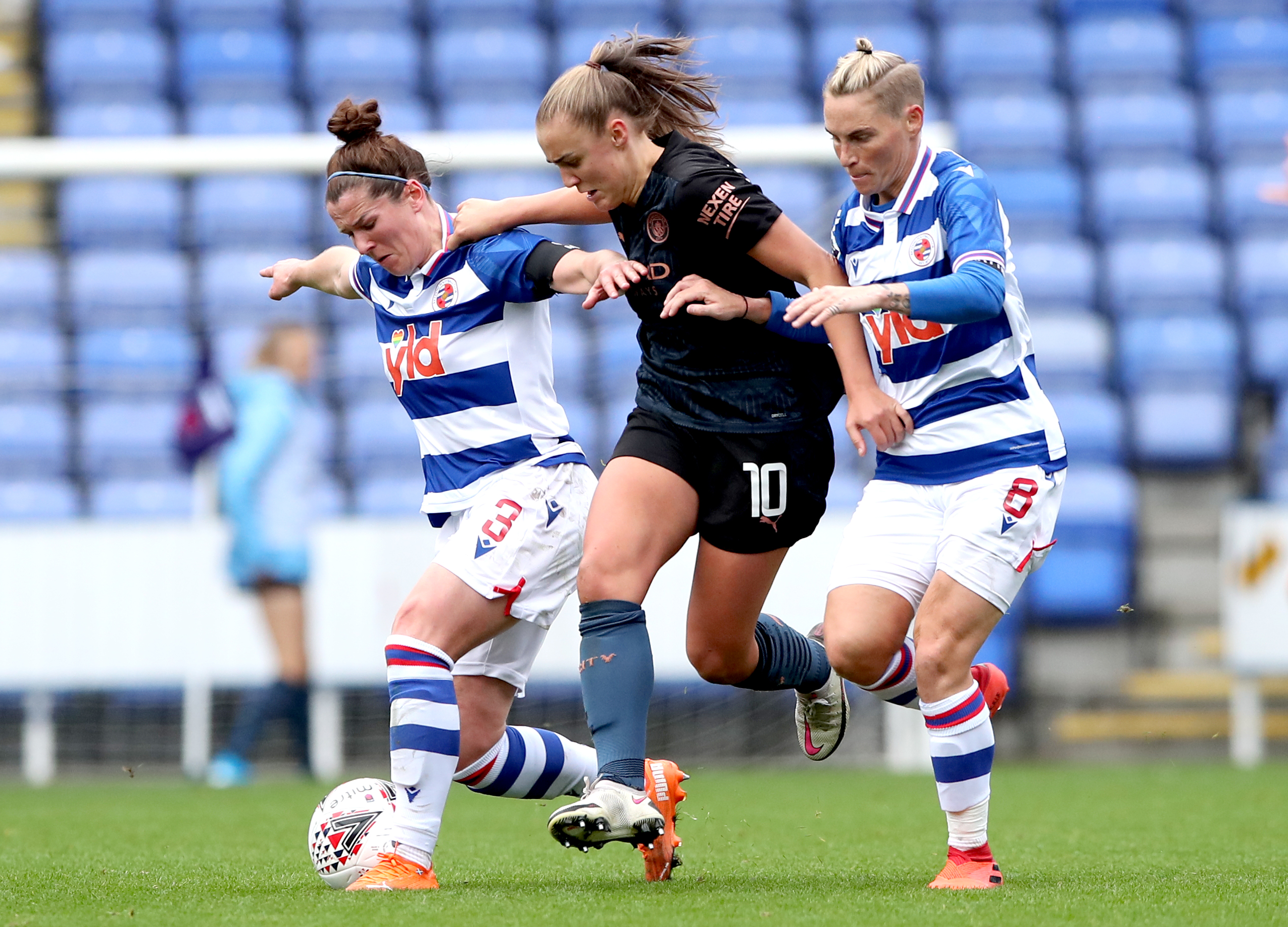 Reading v Manchester City - FA Women's Super League - Madejski Stadium