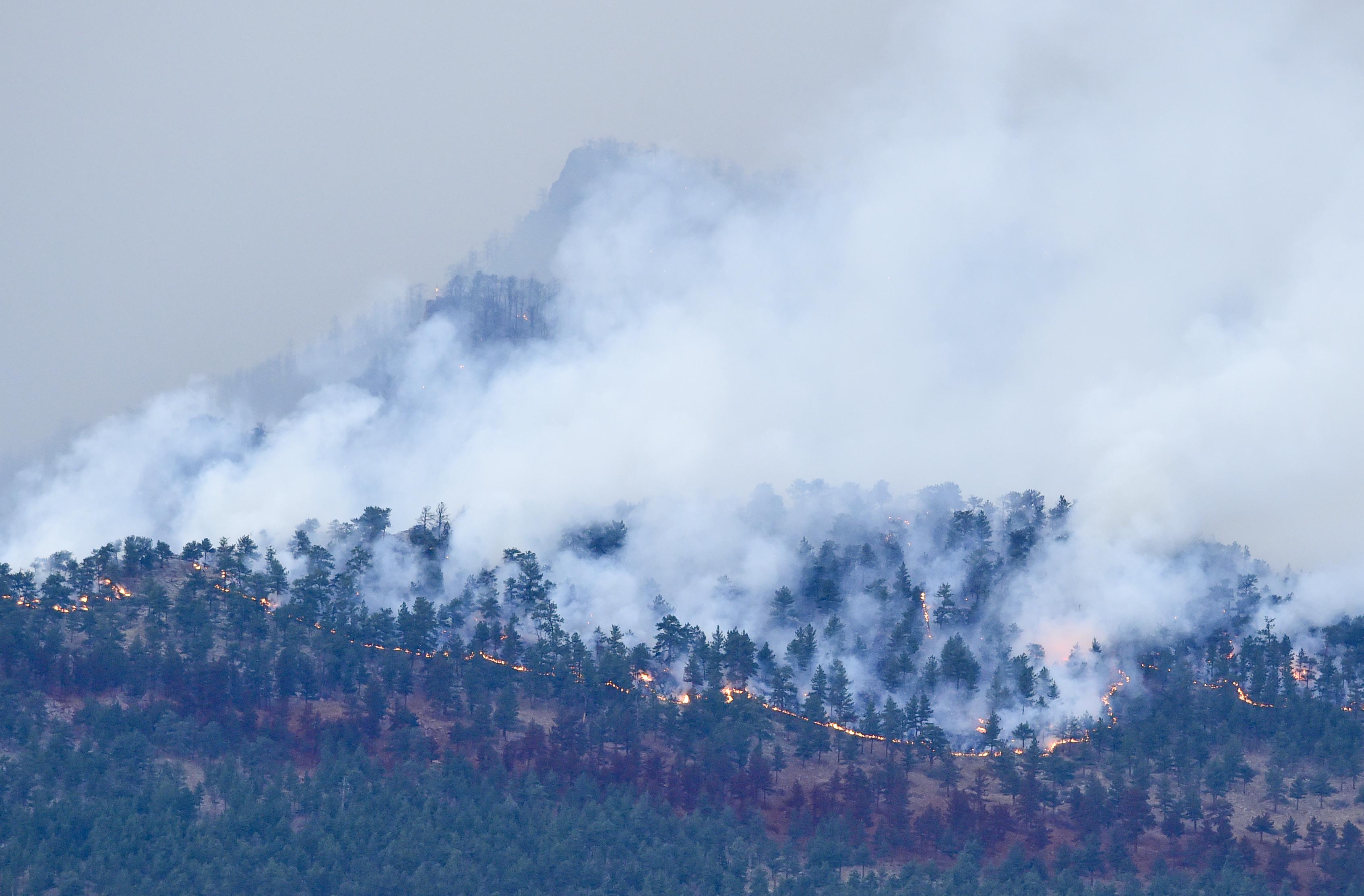 Calwood Fire Burns Near Jamestown