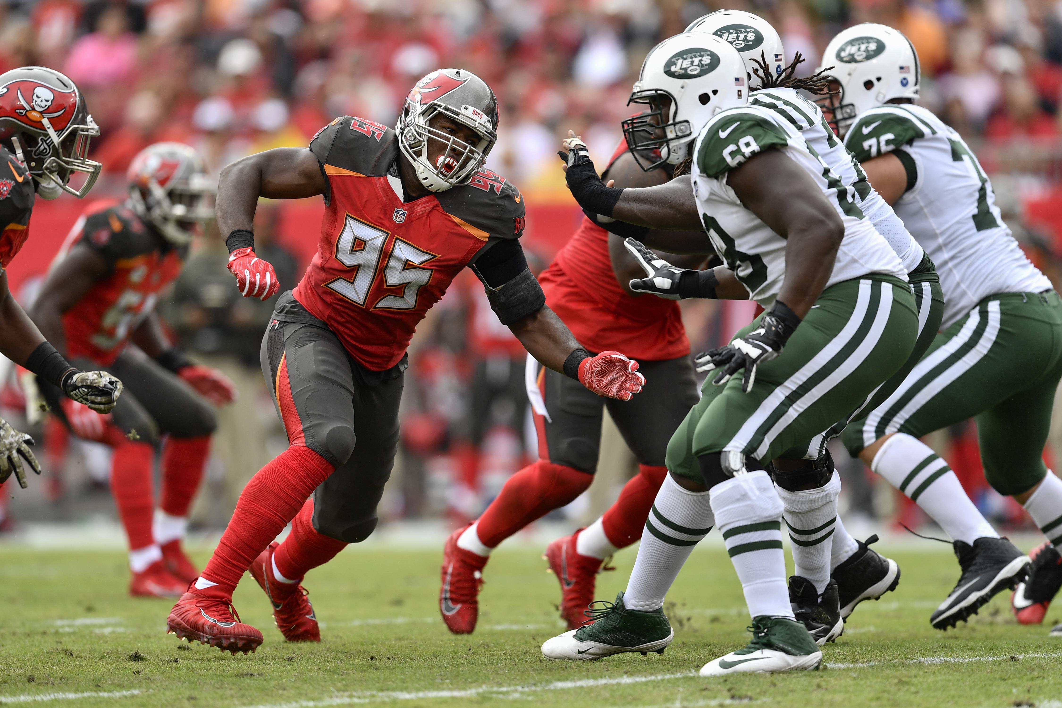 NFL: NOV 12 Jets at Buccaneers