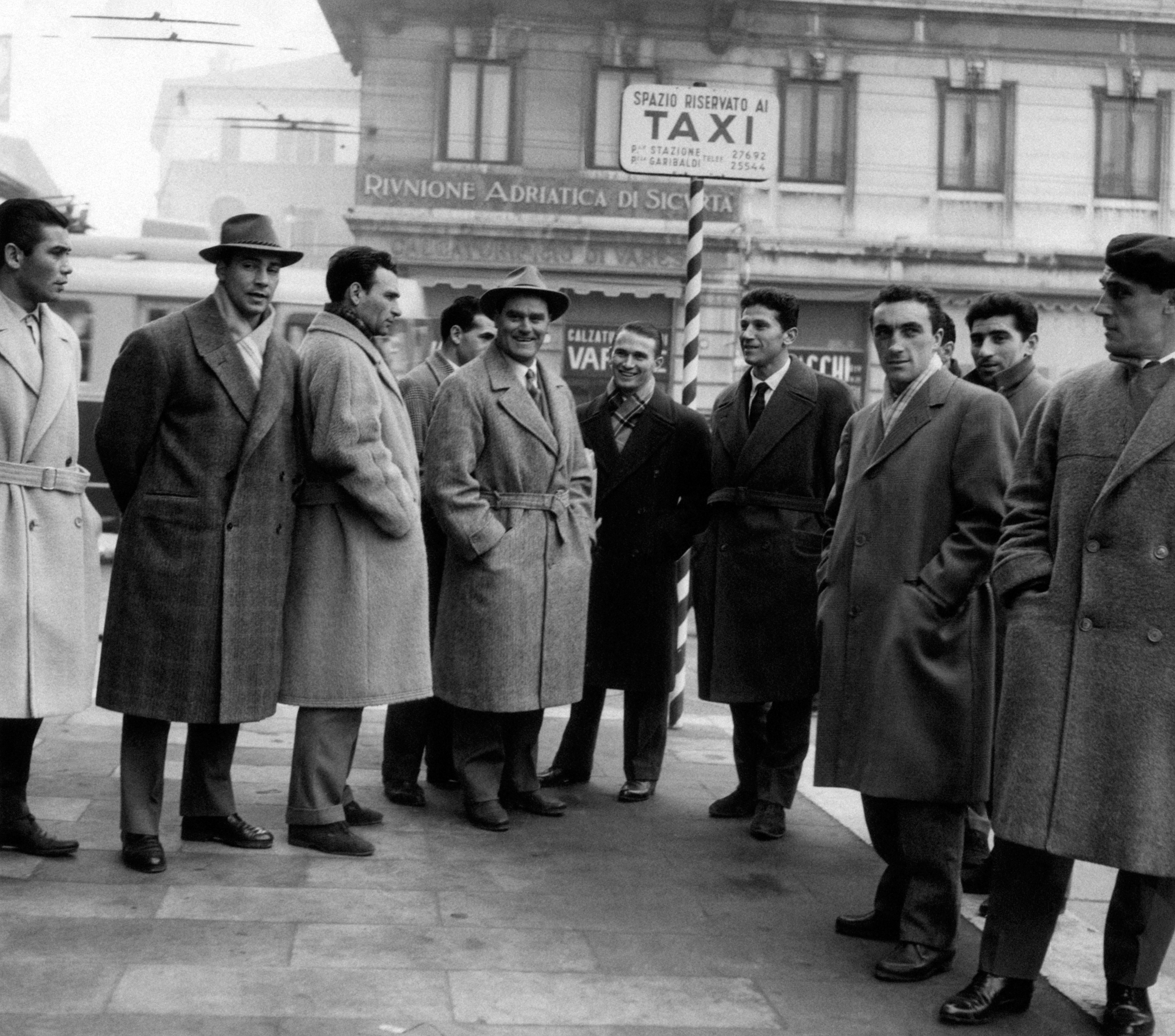 Giacomo Mari, Sergio Brighenti, Kurt Hamrin and Nereo Rocco members of the Associazione Calcio Padova