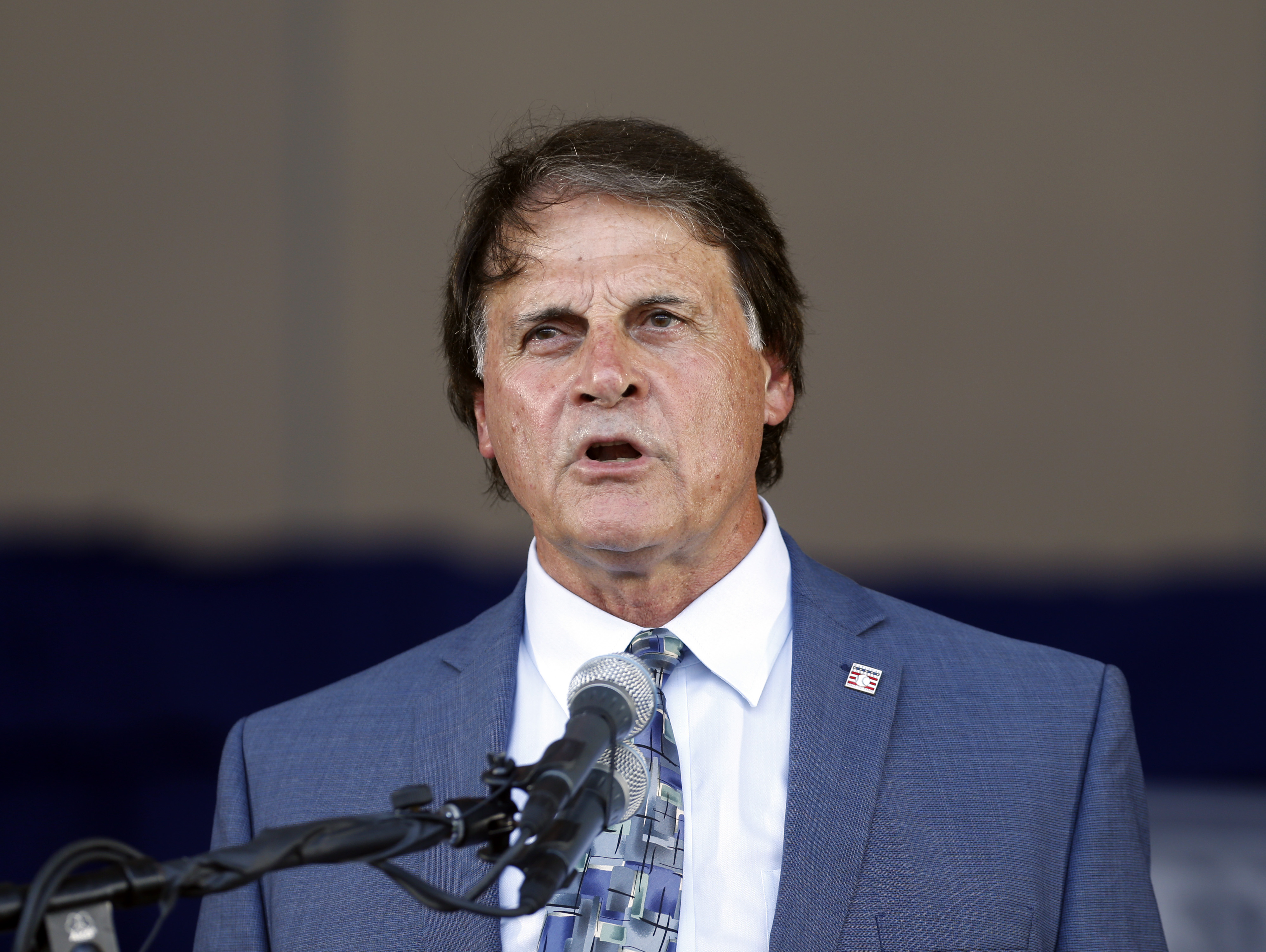 Hall of Famer Tony La Russa is once again manager of the White Sox.