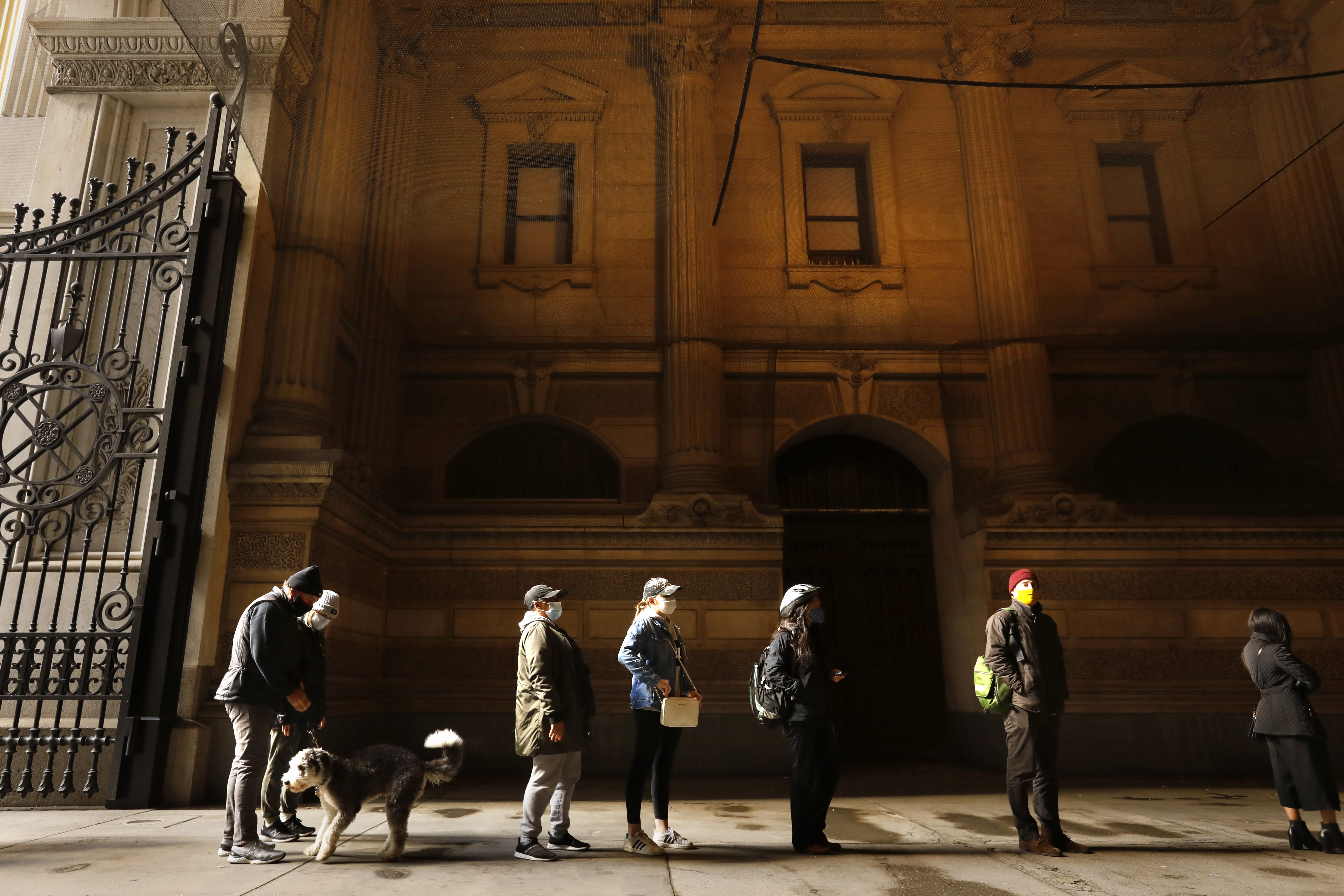 Voters standing in a line outside Independence Hall in Philadelphia.