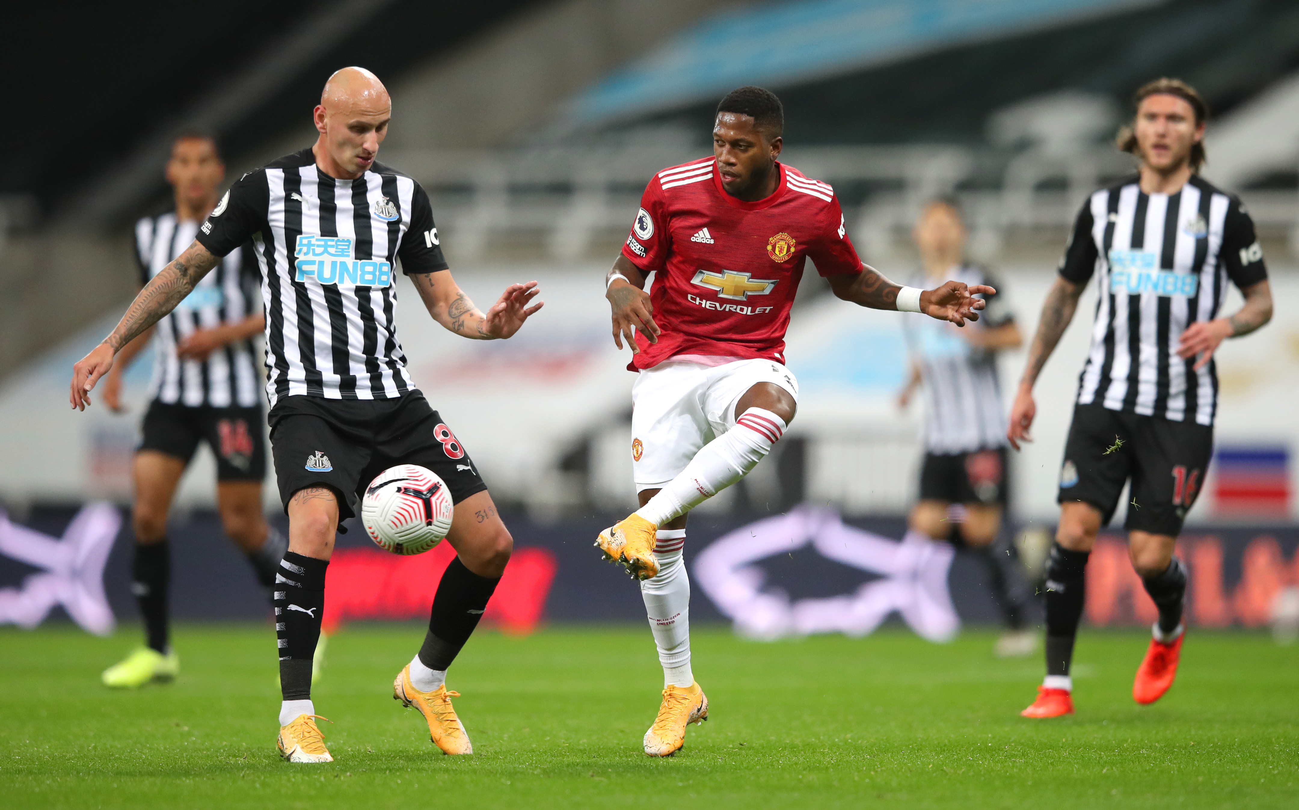 Newcastle, Southampton, Premier League, team news, injuries