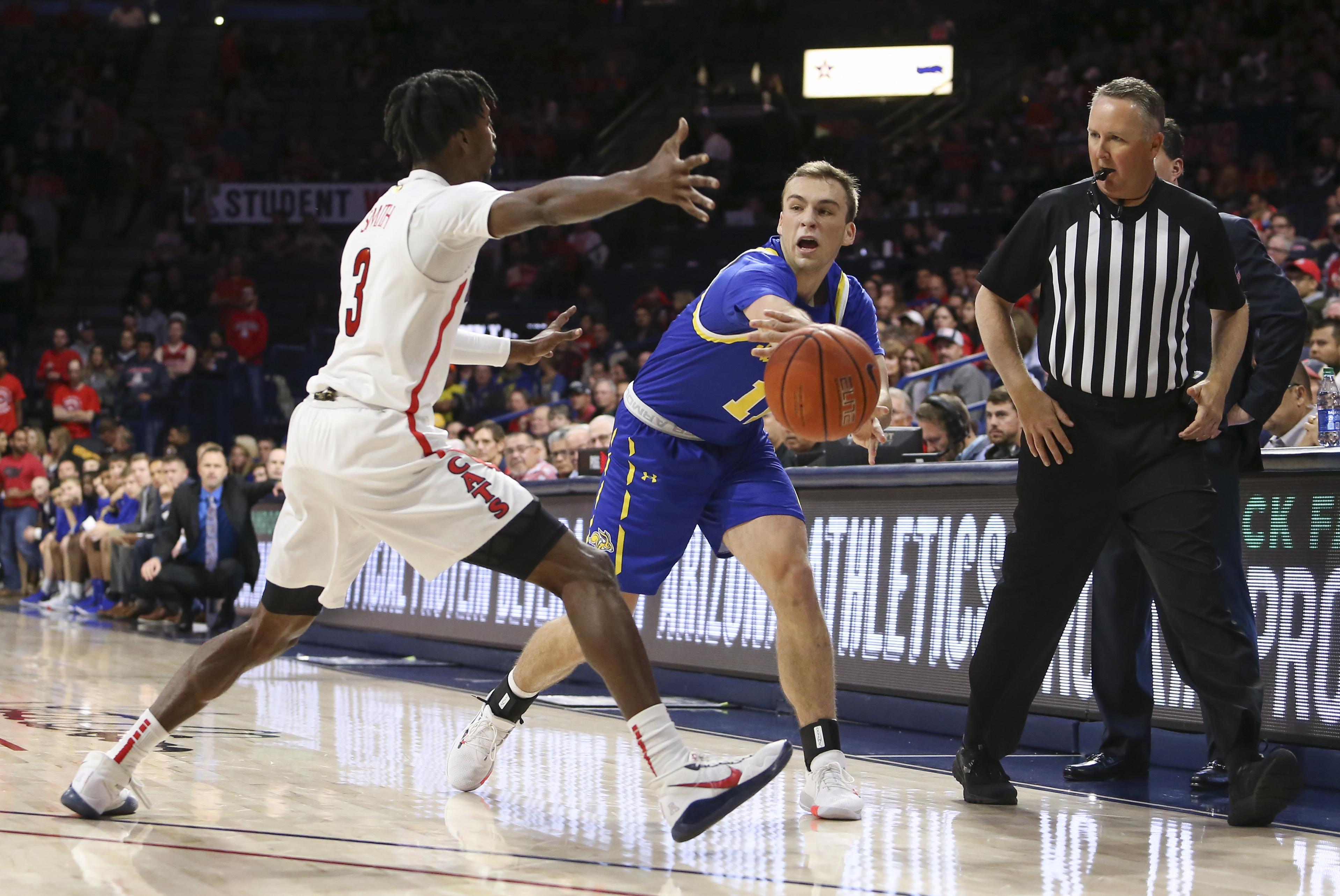 NCAA Basketball: South Dakota State at Arizona