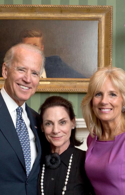 Linda Rae Sher (center) with President-elect Joe Biden and incoming first lady Jill Biden.