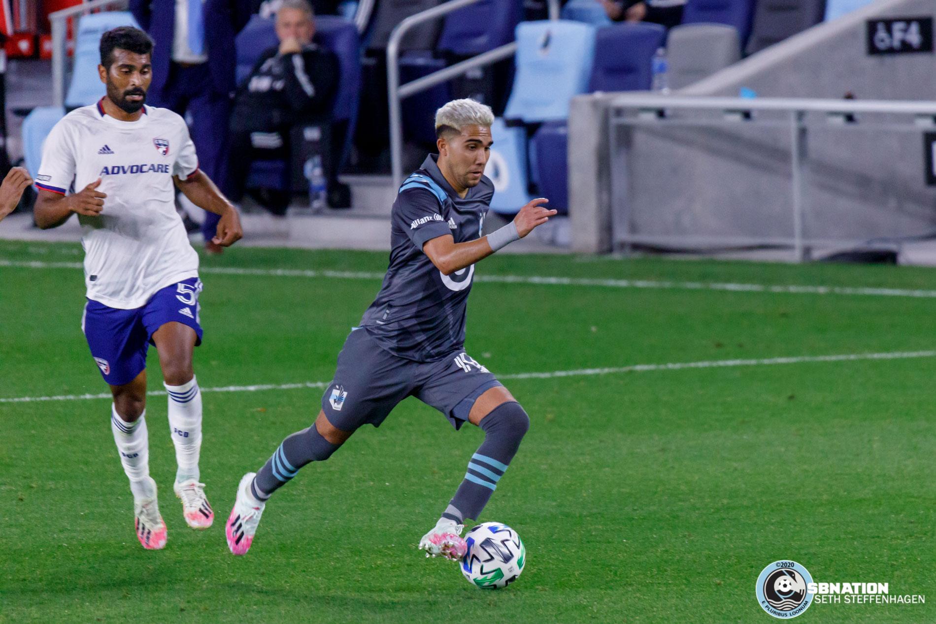 November 8, 2020 - Saint Paul, Minnesota, United States - Minnesota United midfielder Emanuel Reynoso (10) dribbles the ball during the match against FC Dallas at Allianz Field.