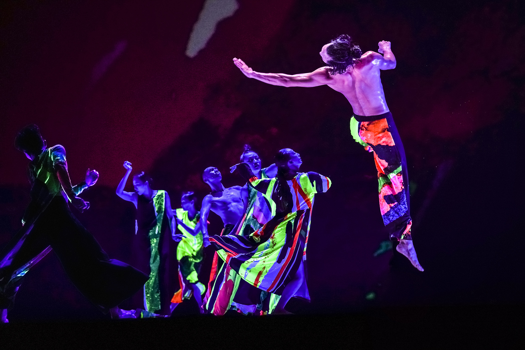 """Cloud Gate Dance Theatreof Taiwan will present a four-part virtual series on the making of """"13 Tongues."""""""