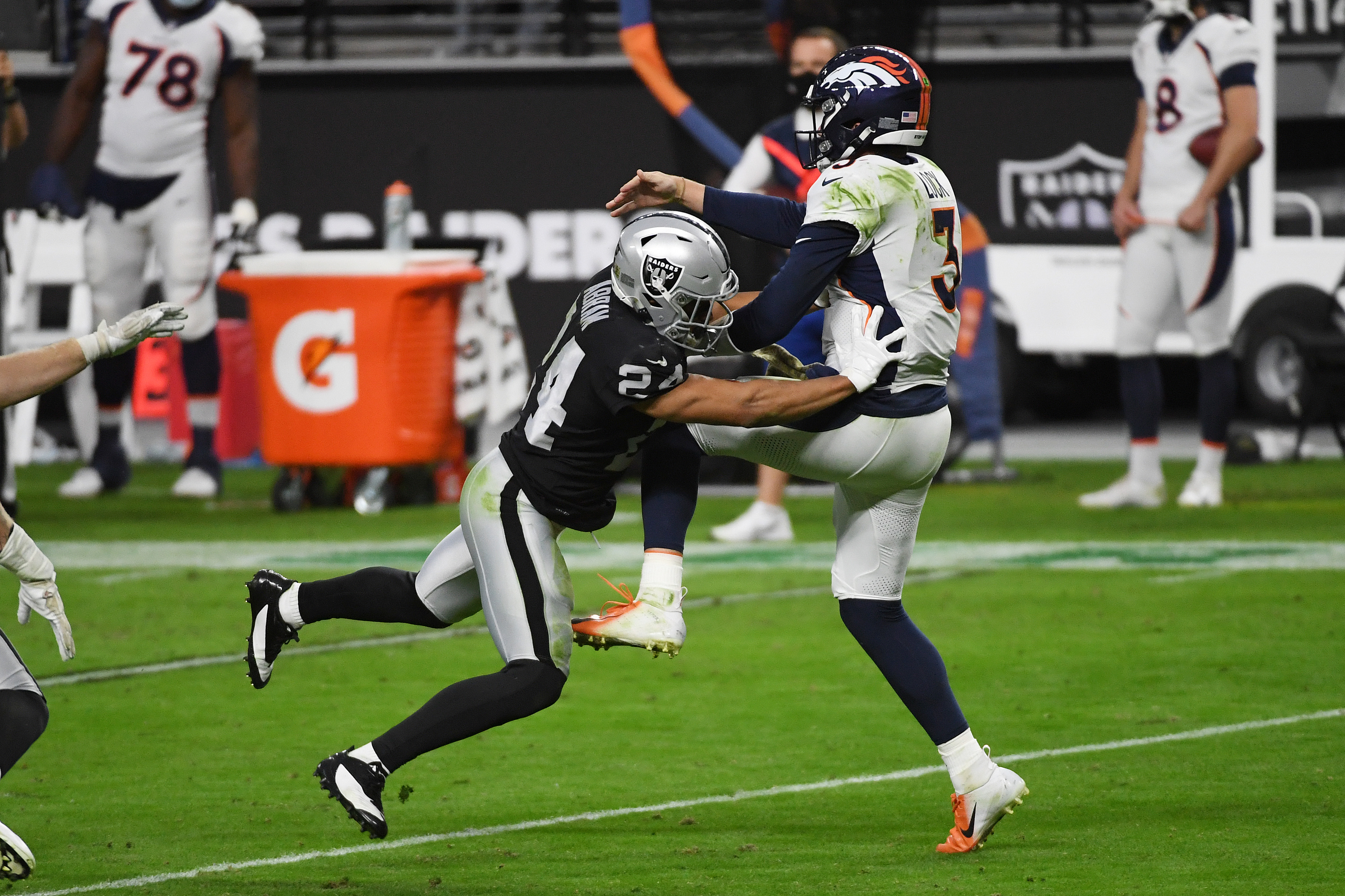 Denver Broncos v Las Vegas Raiders