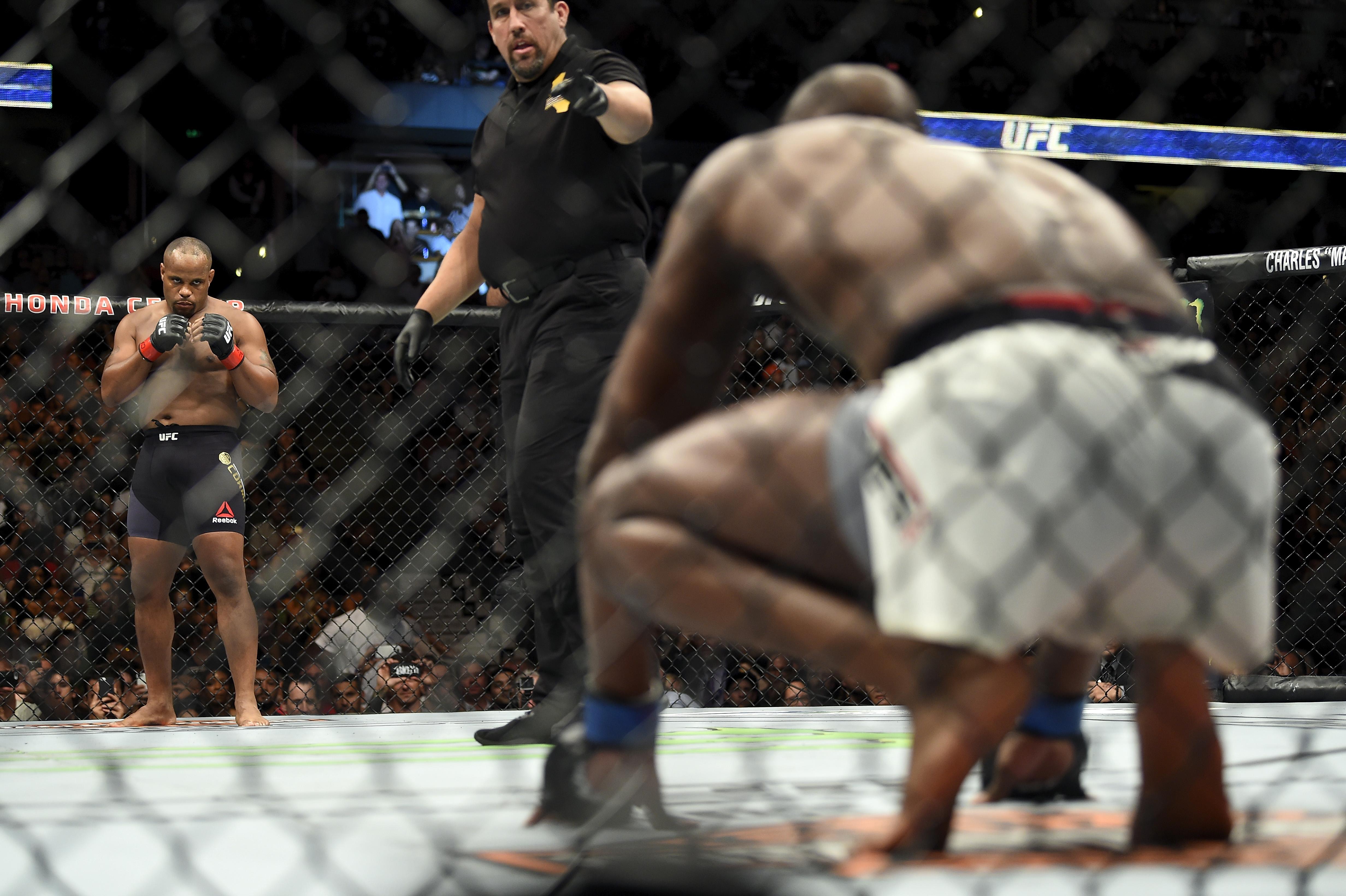 UFC 214: Cormier v Jones 2