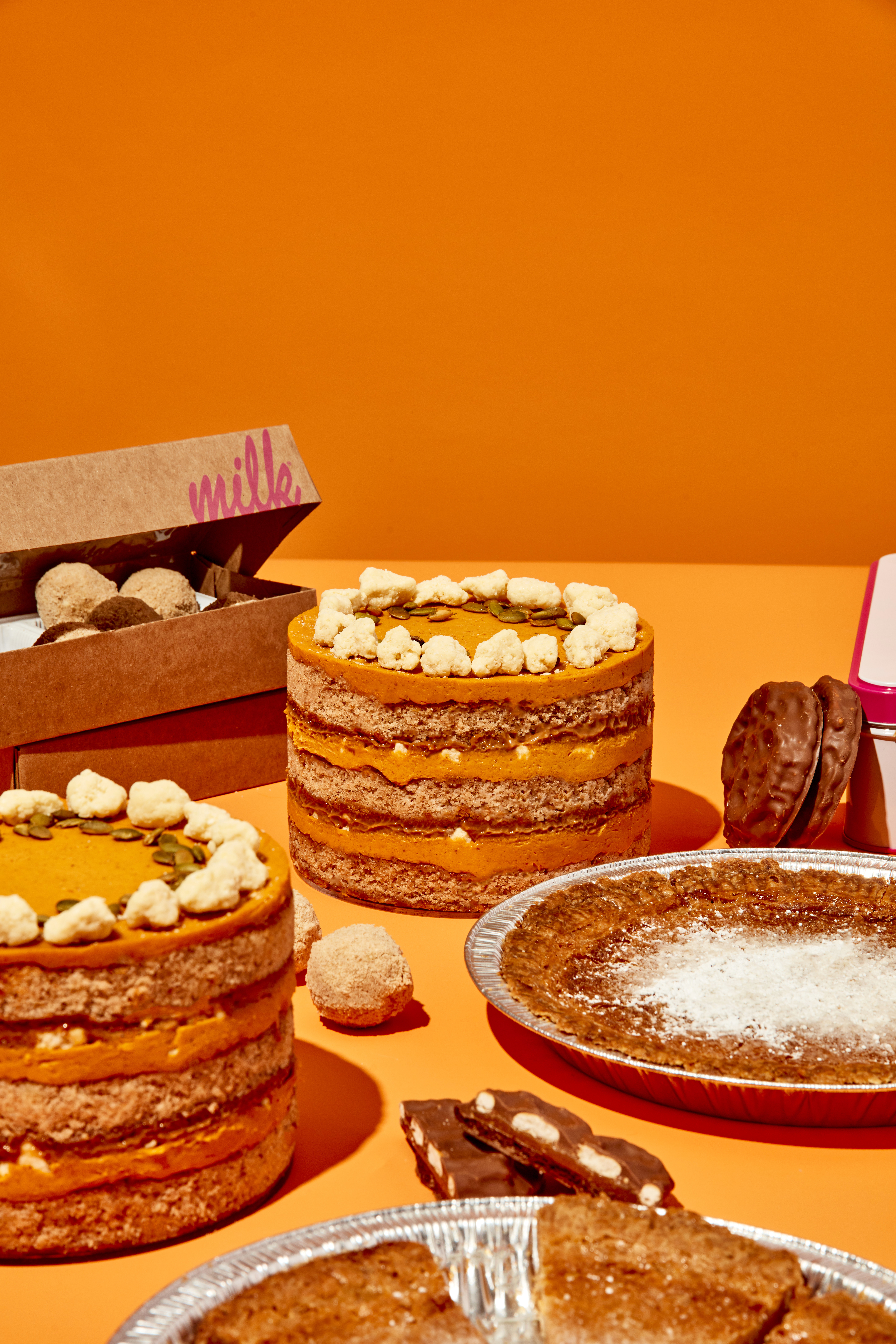 Pumpkin cakes and pies