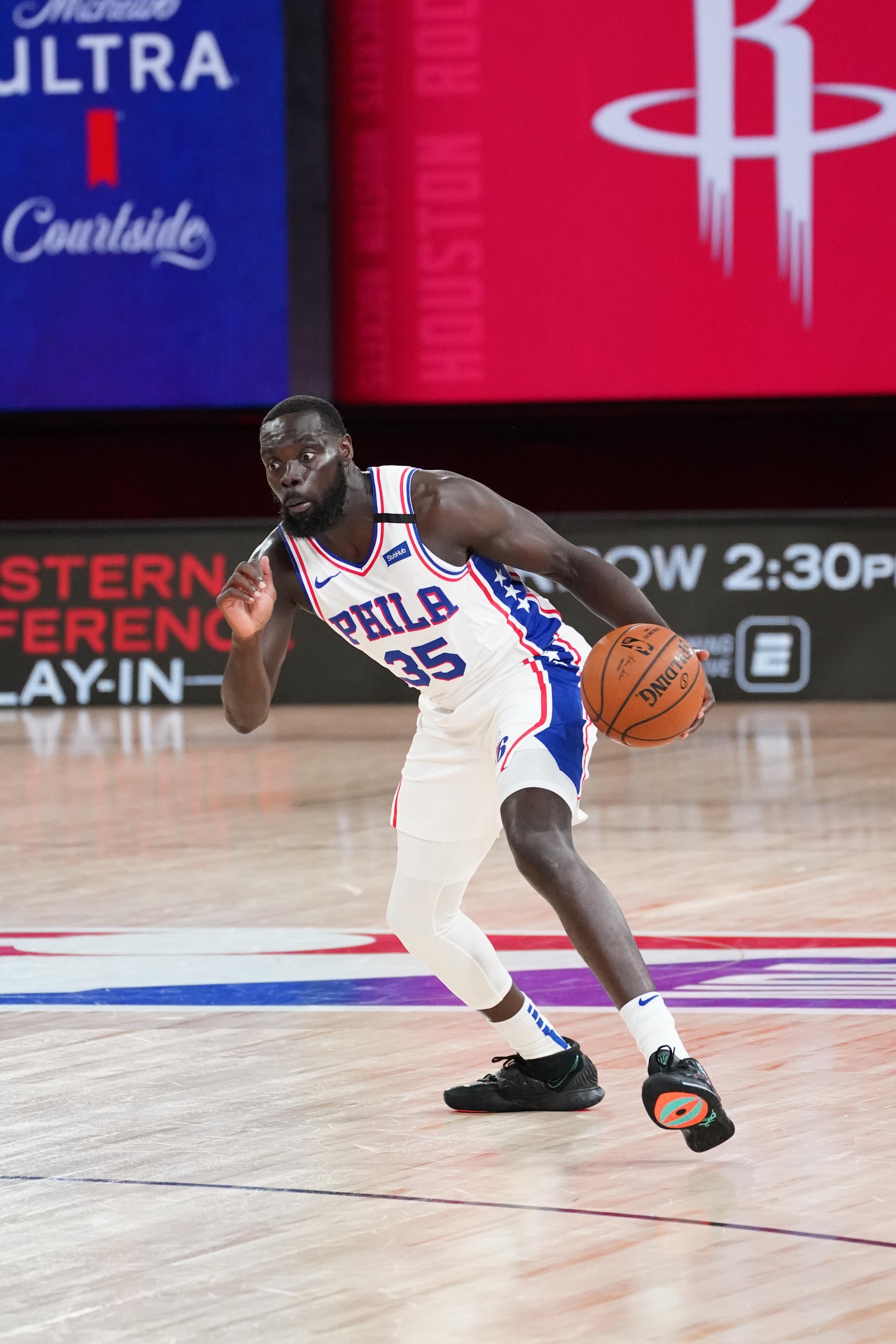 Philadelphia 76ers v Houston Rockets