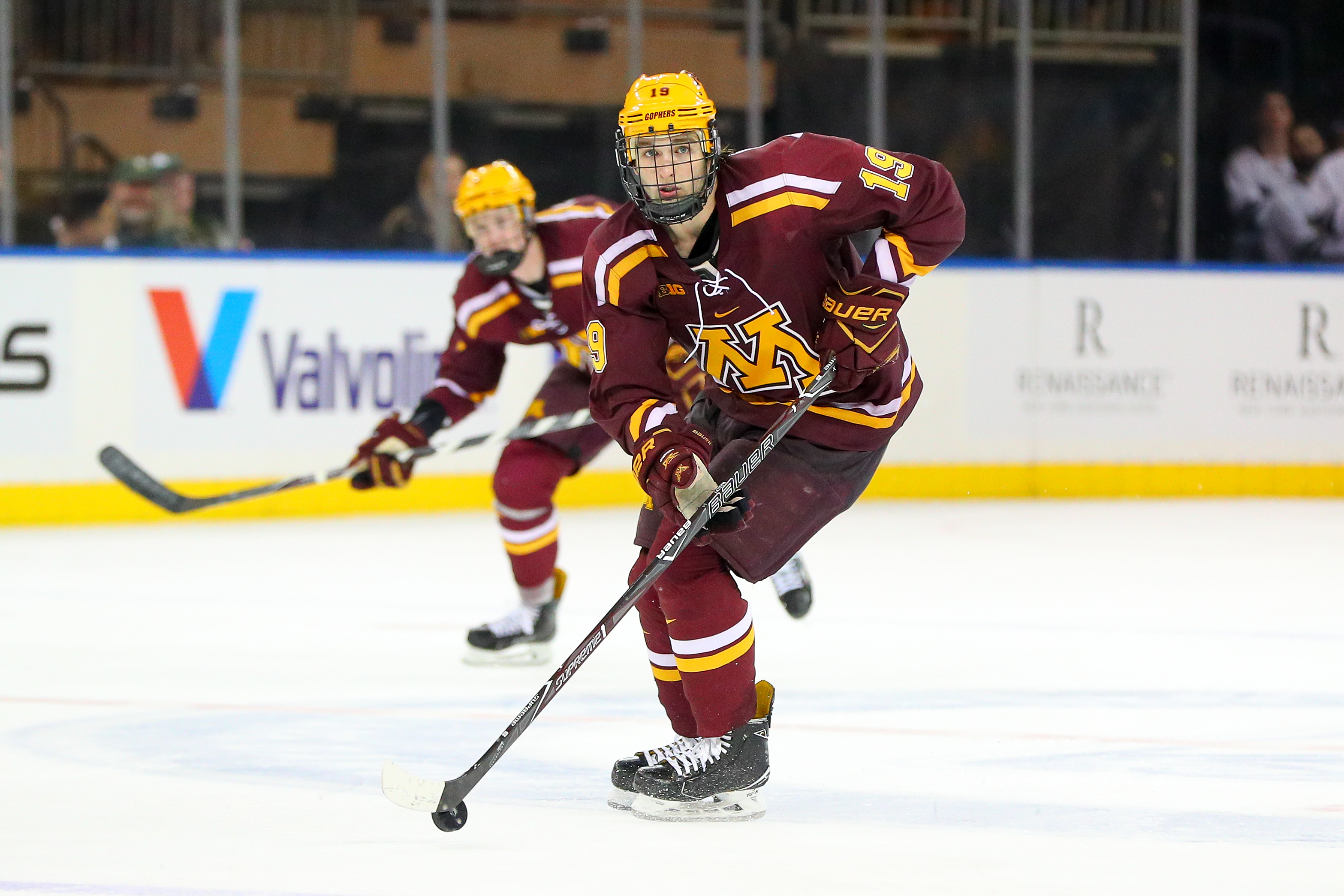 Minnesota Golden Gophers forward Scott Reedy (19) skates during the third period of the Big Ten Super Saturday College Ice Hockey Game between the Minnesota Golden Gophers and the Michigan State Spartans on January 20, 2018, at Madison Square Garden in New York City, NY.