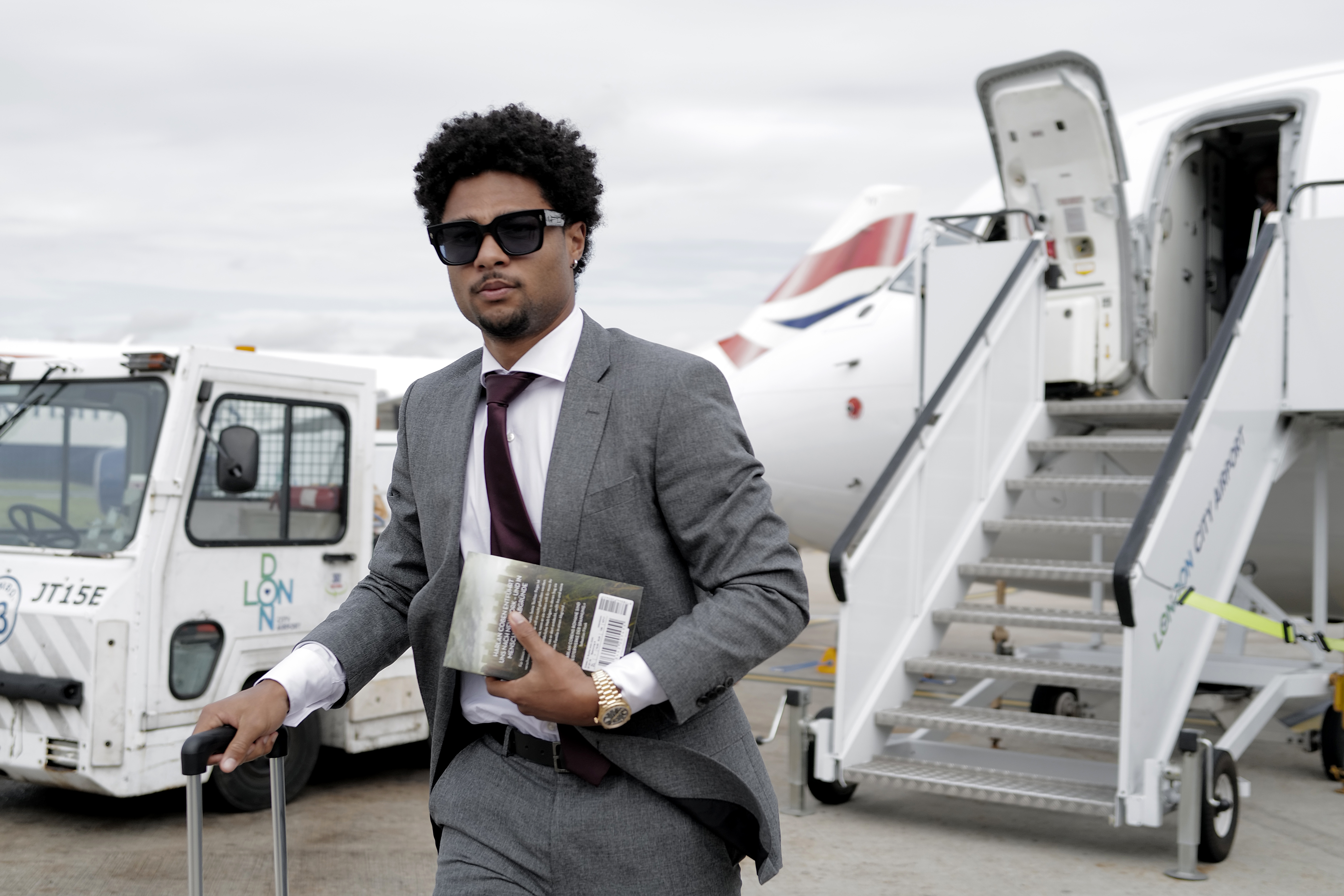 FC Bayern Muenchen Travels To London
