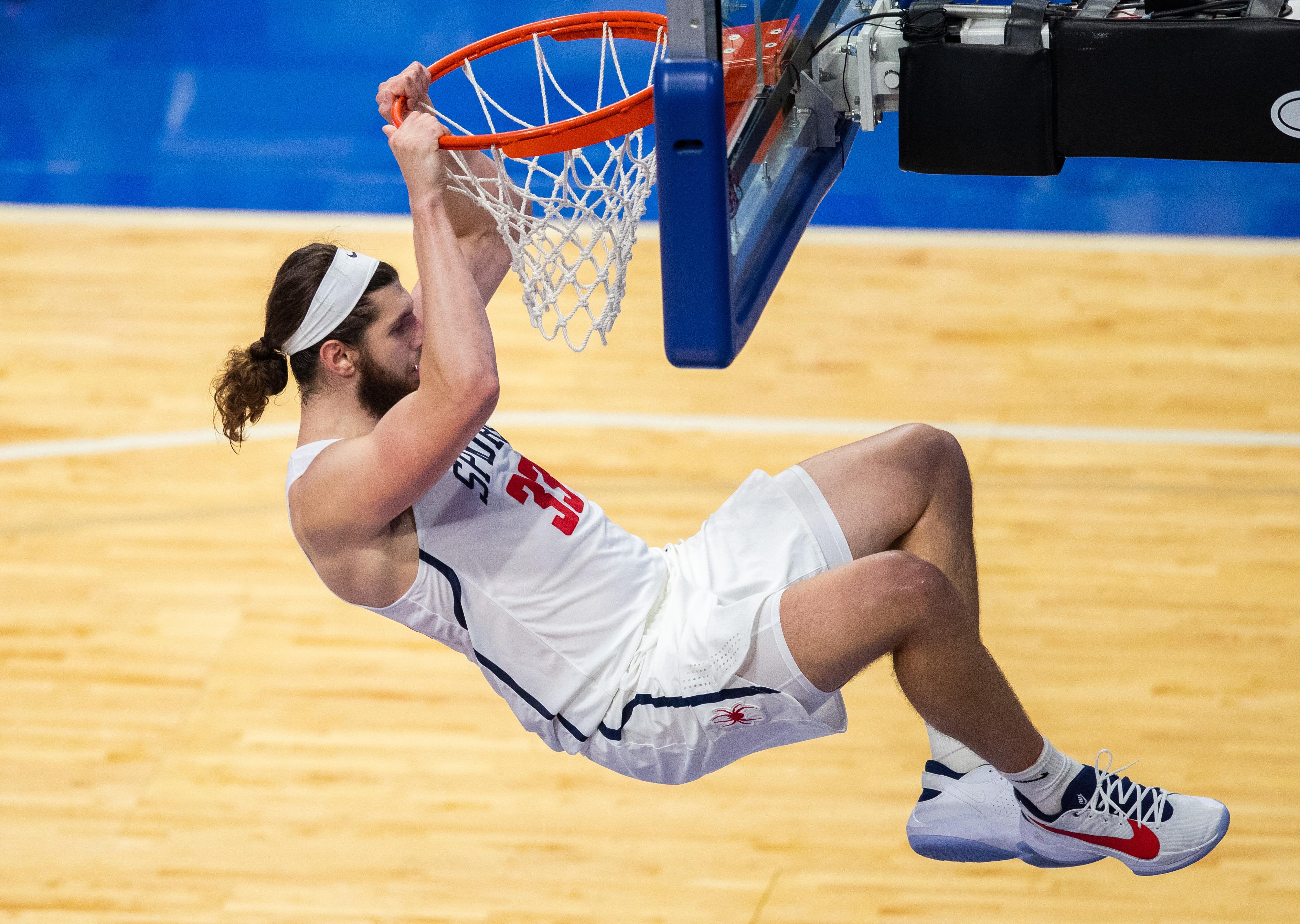 NCAA Basketball: Bluegrass Showcase-Morehead State vs Richmond