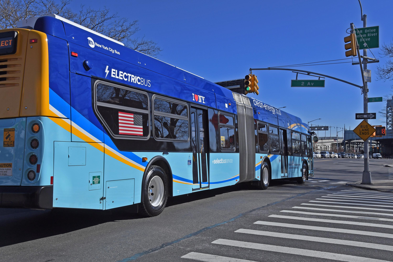 An MTA electric bus in Harlem, Jan. 29, 2020.