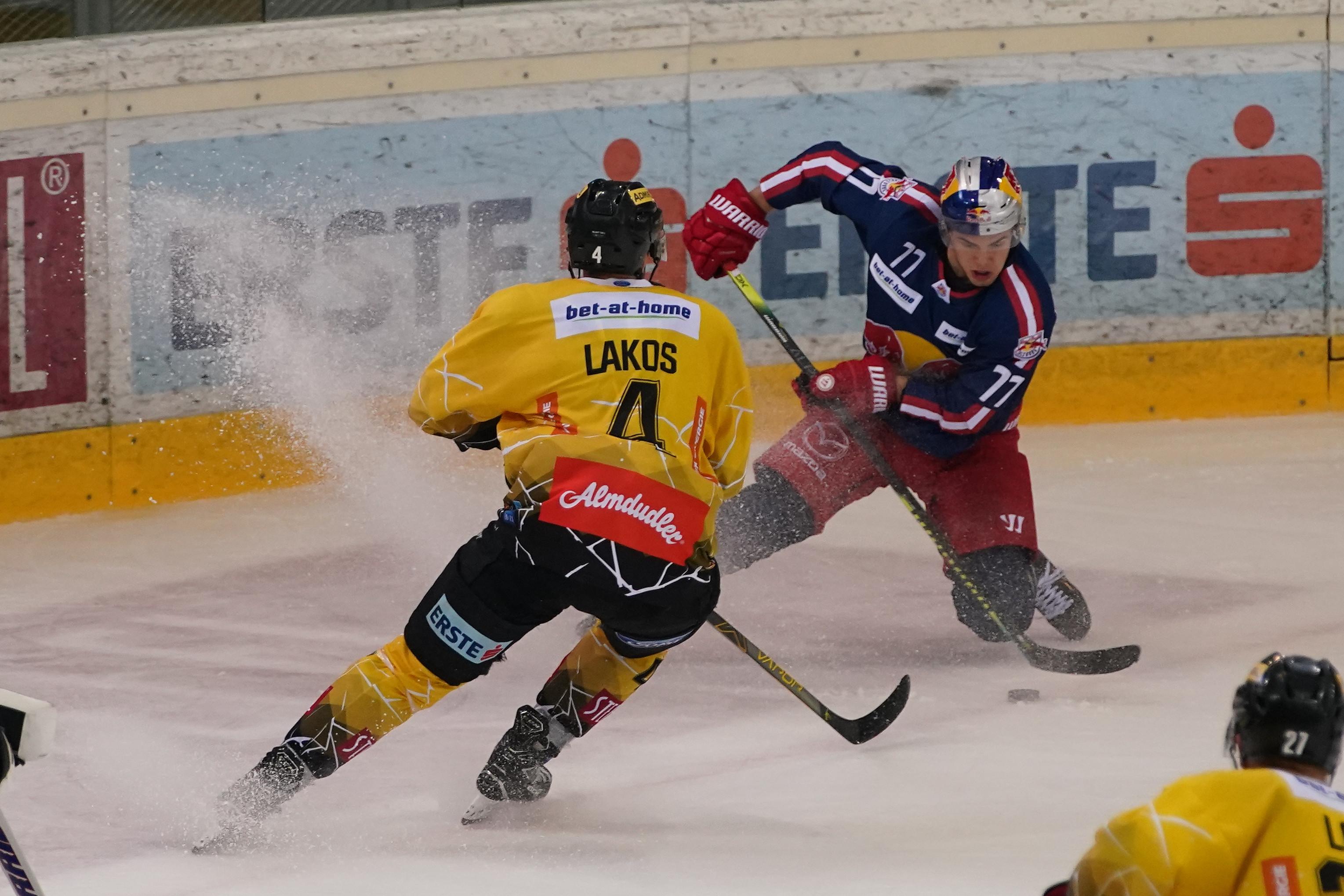 Vienna Capitals v EC Red Bull Salzburg - Bet-at-home Ice Hockey League