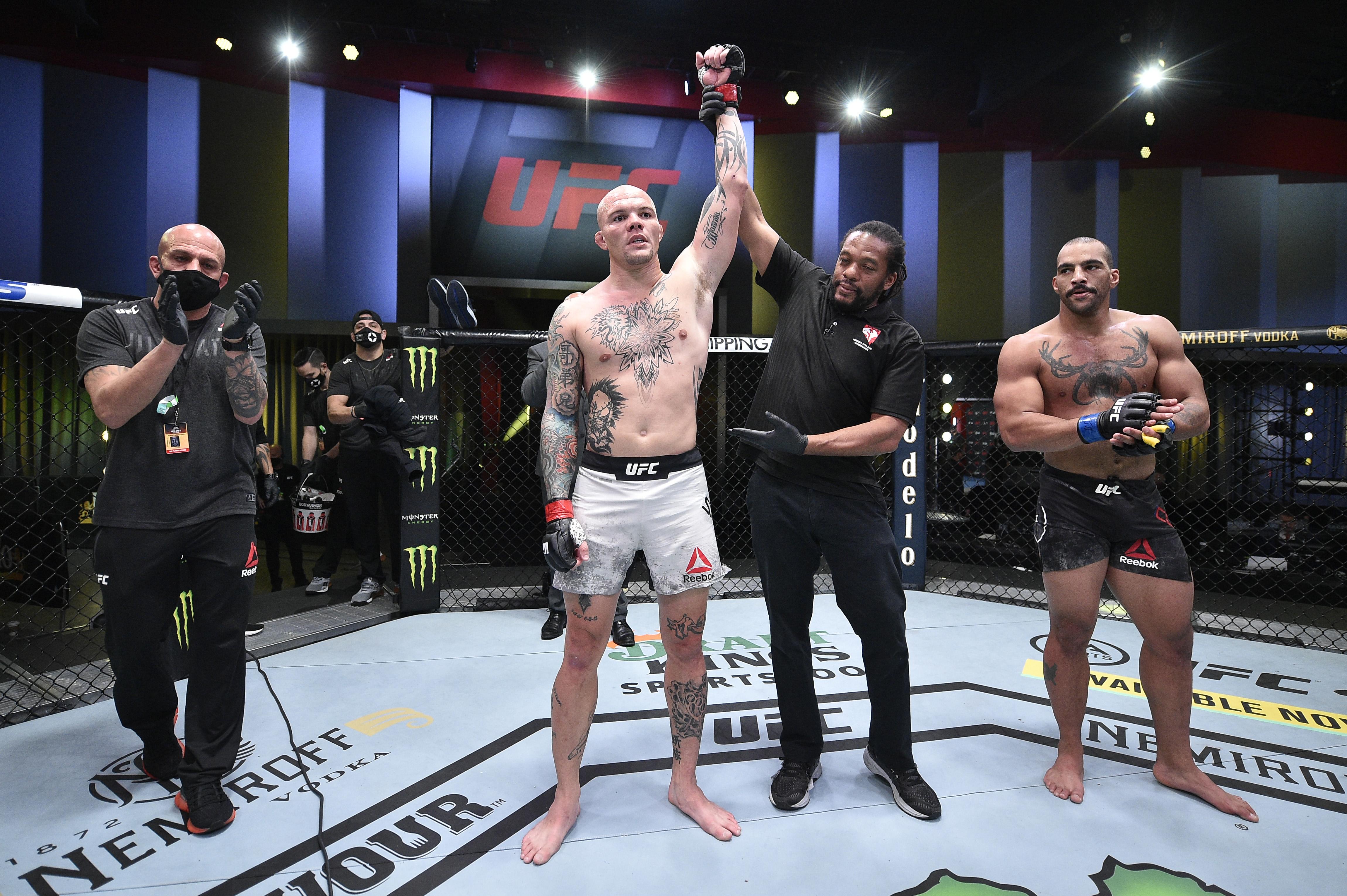 UFC Fight Night: Smith v Clark