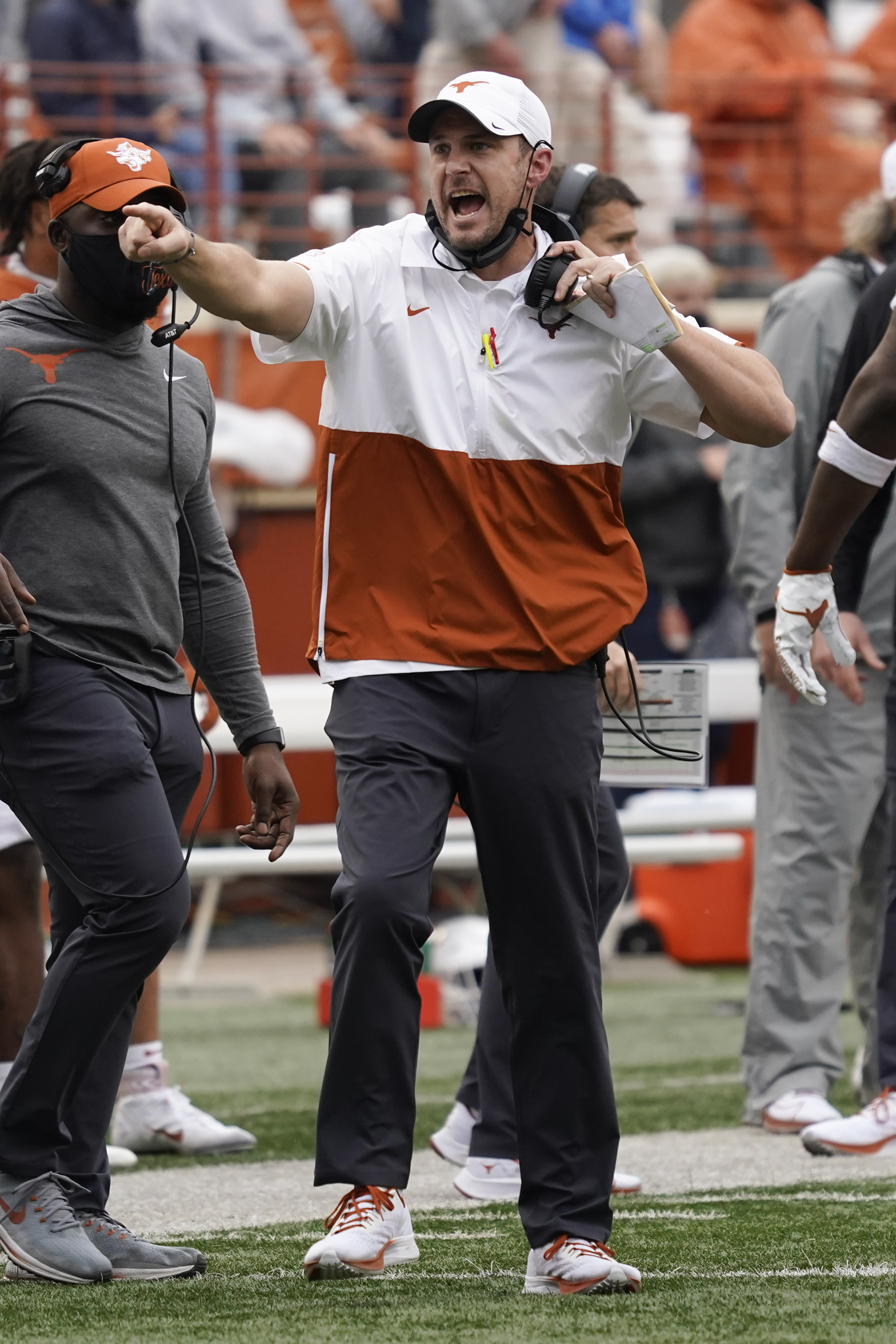 Would Tom Herman survive a loss in Manhattan?