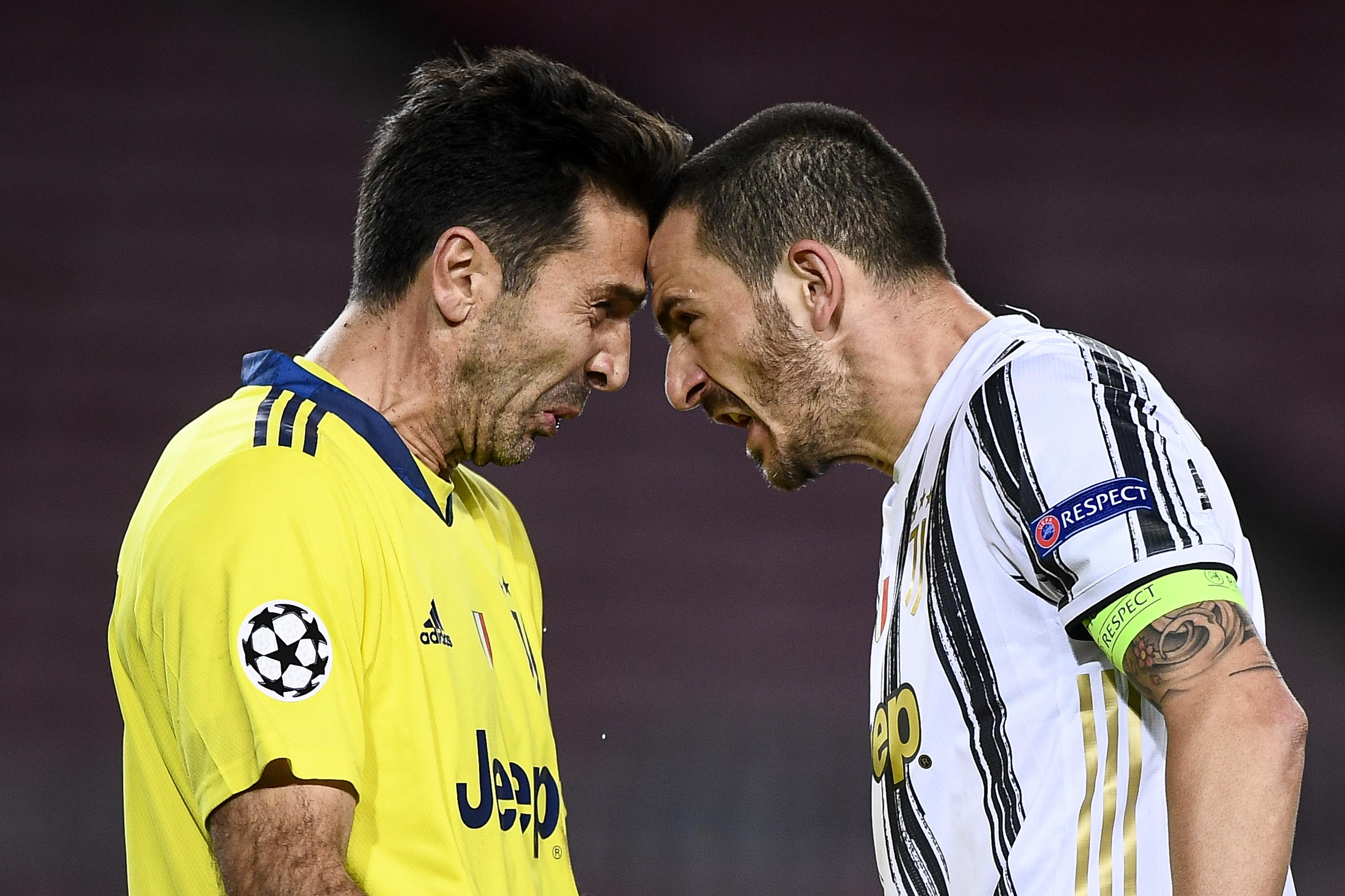 Leonardo Bonucci (R) of Juventus FC celebrates with...