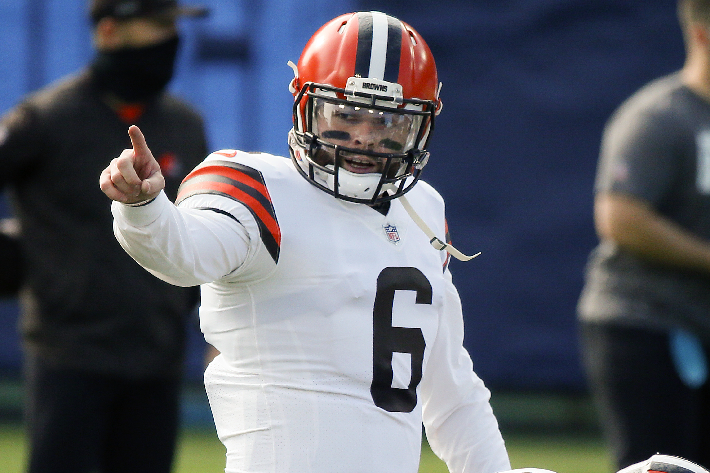 Quarterback Baker Mayfield #6 of the Cleveland Browns warms up prior to a game against the Tennessee Titans at Nissan Stadium on December 06, 2020 in Nashville, Tennessee.