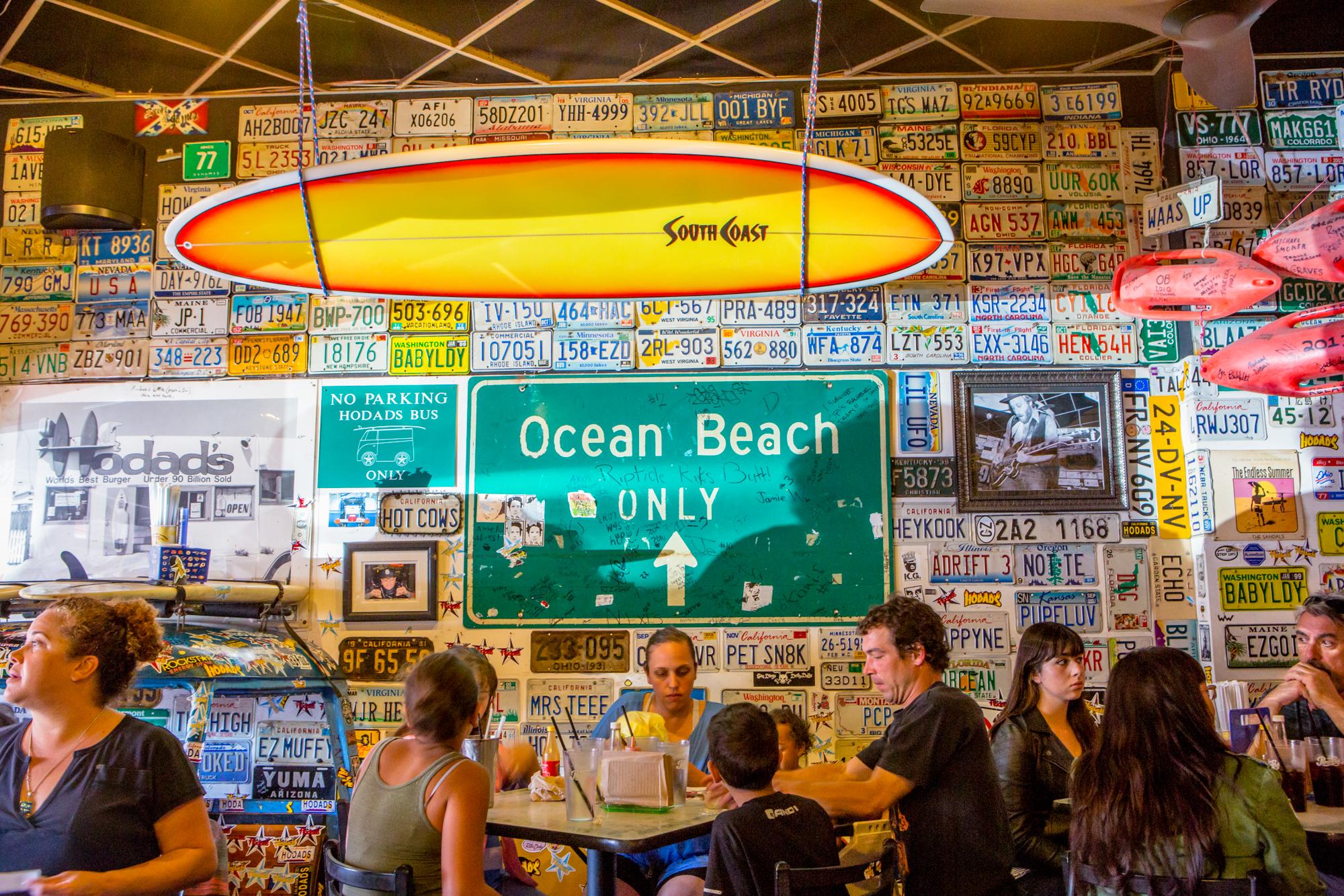 Hodad's in Ocean Beach, Saturday at Noon