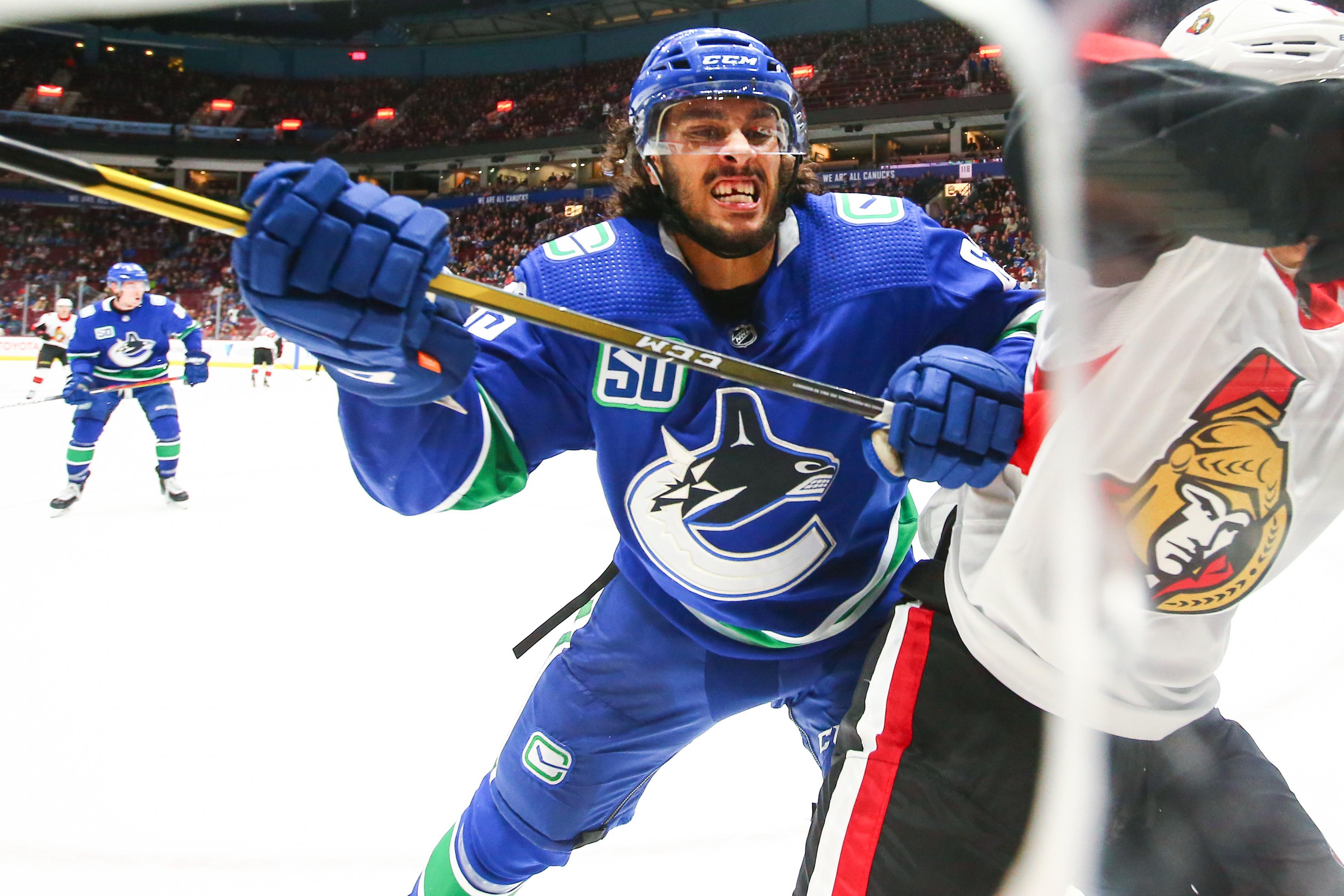 NHL: SEP 25 Preseason - Senators at Canucks