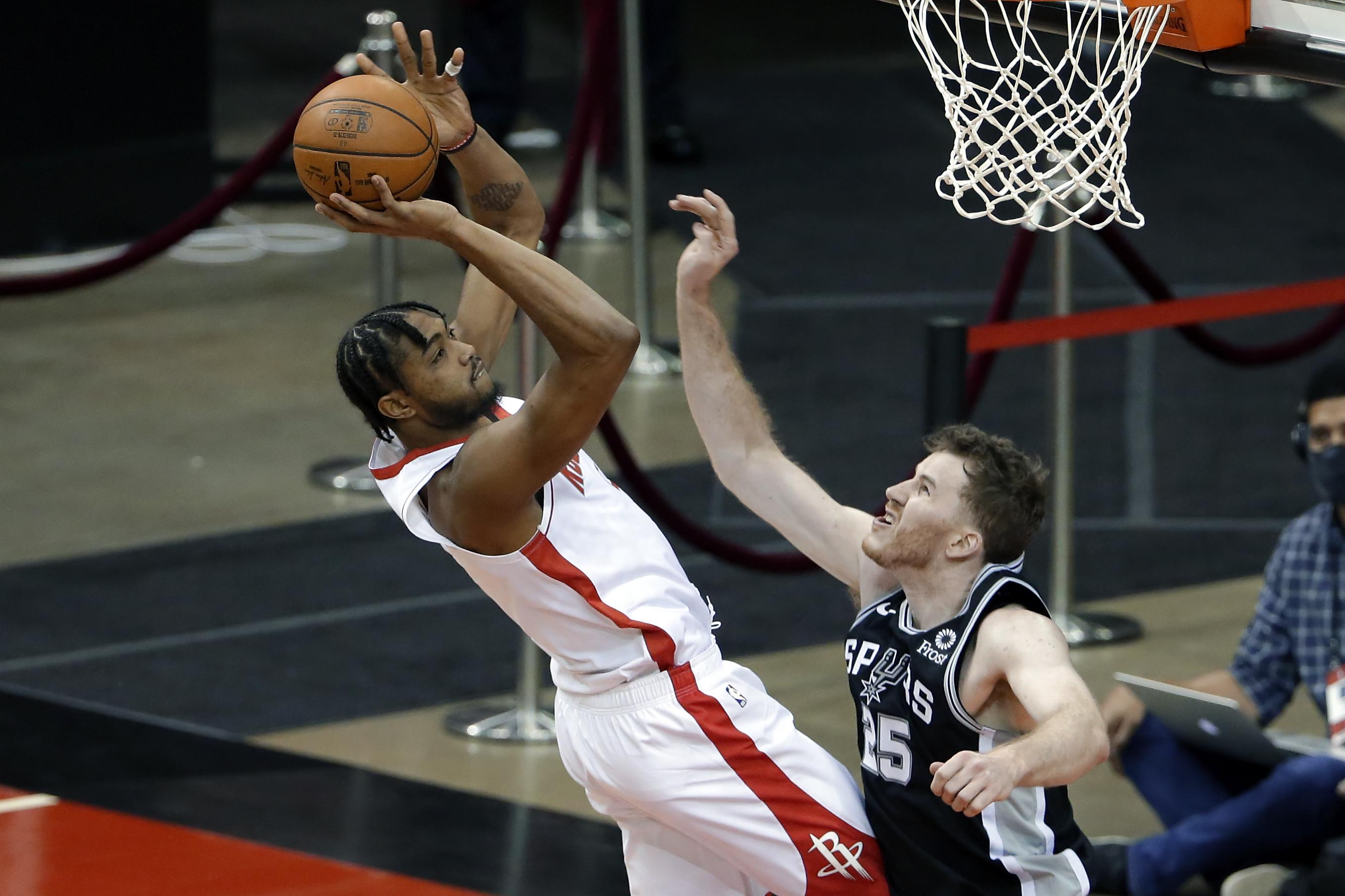 NBA: Preseason-San Antonio Spurs at Houston Rockets