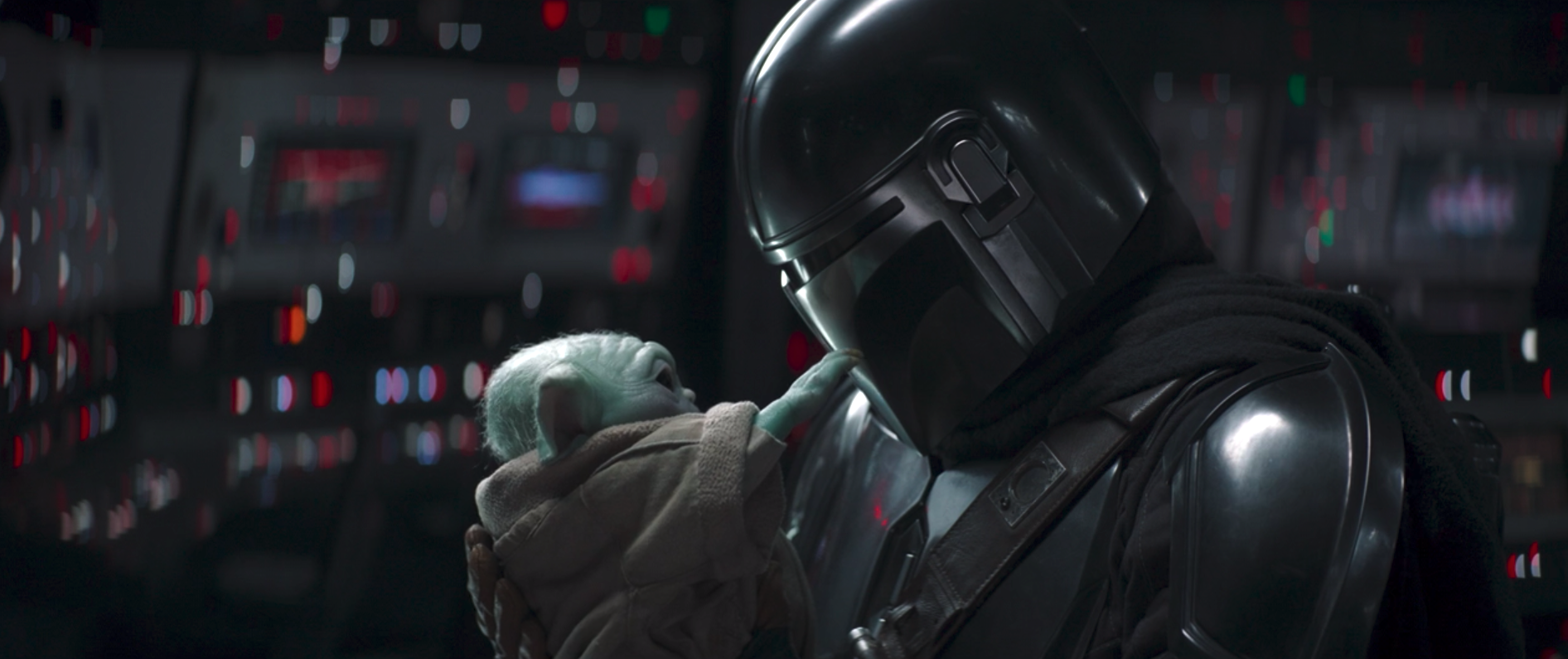 The Mandalorian and Baby Yoda have a moment in The Mandalorian season 2 finale