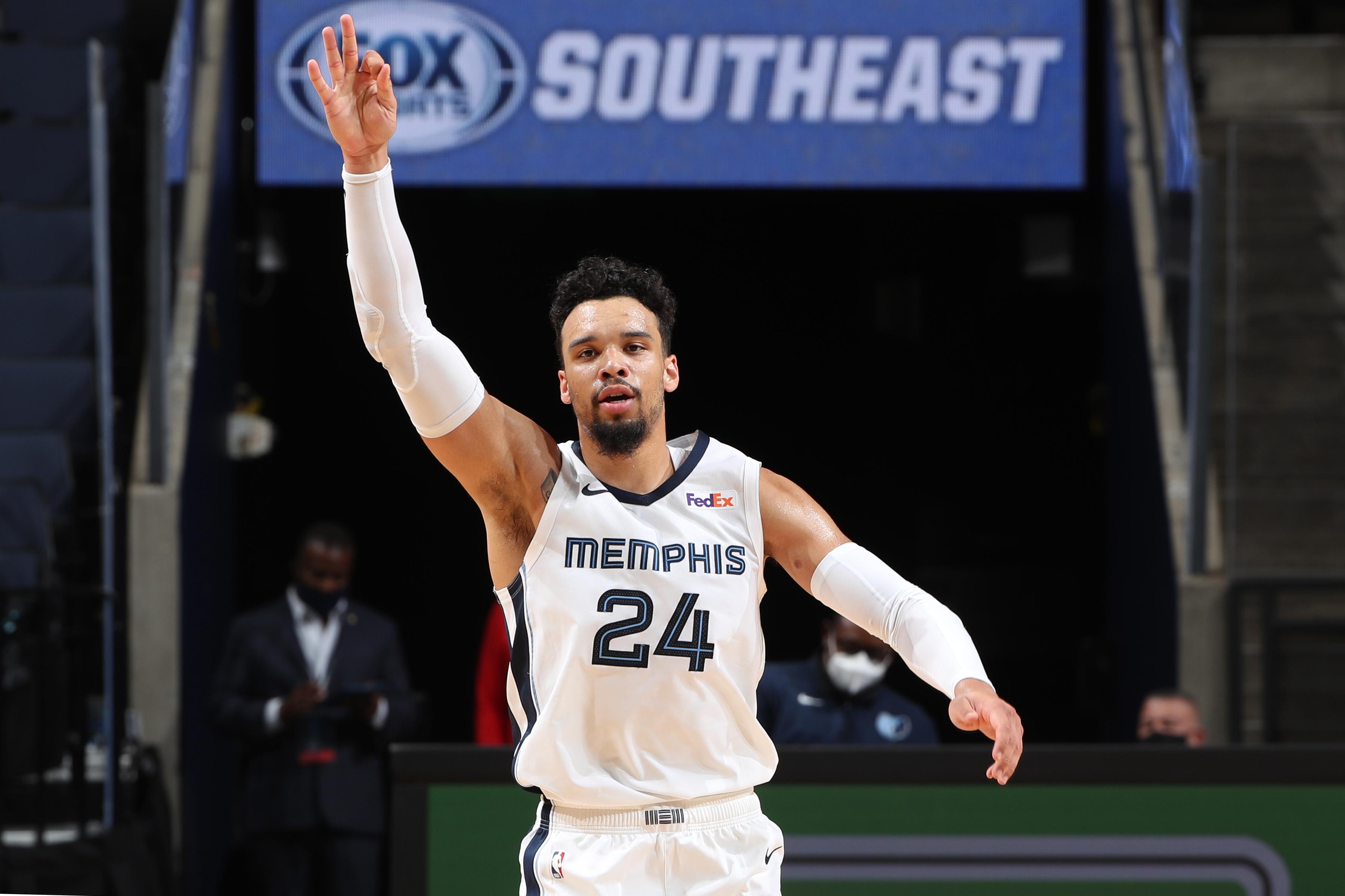 Atlanta Hawks v Memphis Grizzlies