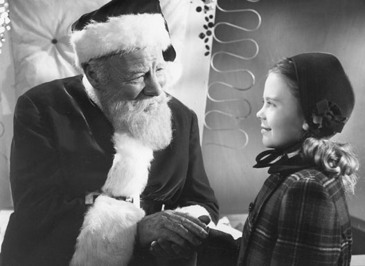 """20061205 Edmund Gwenn won an Oscar for his role as Kris Kringle, here trying to help young Natalie Wood understand the meaning of Santa Claus in """"Miracle on 34th Street"""" (1947)."""
