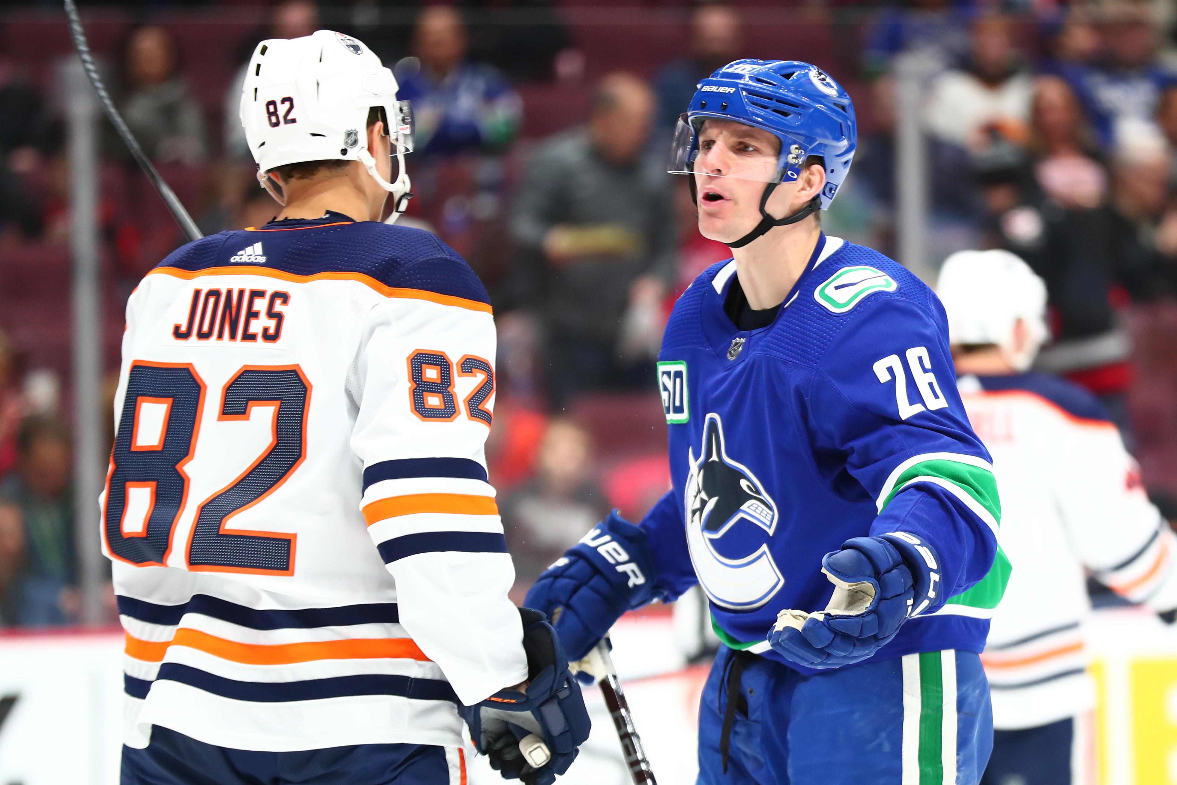 NHL: DEC 23 Oilers at Canucks