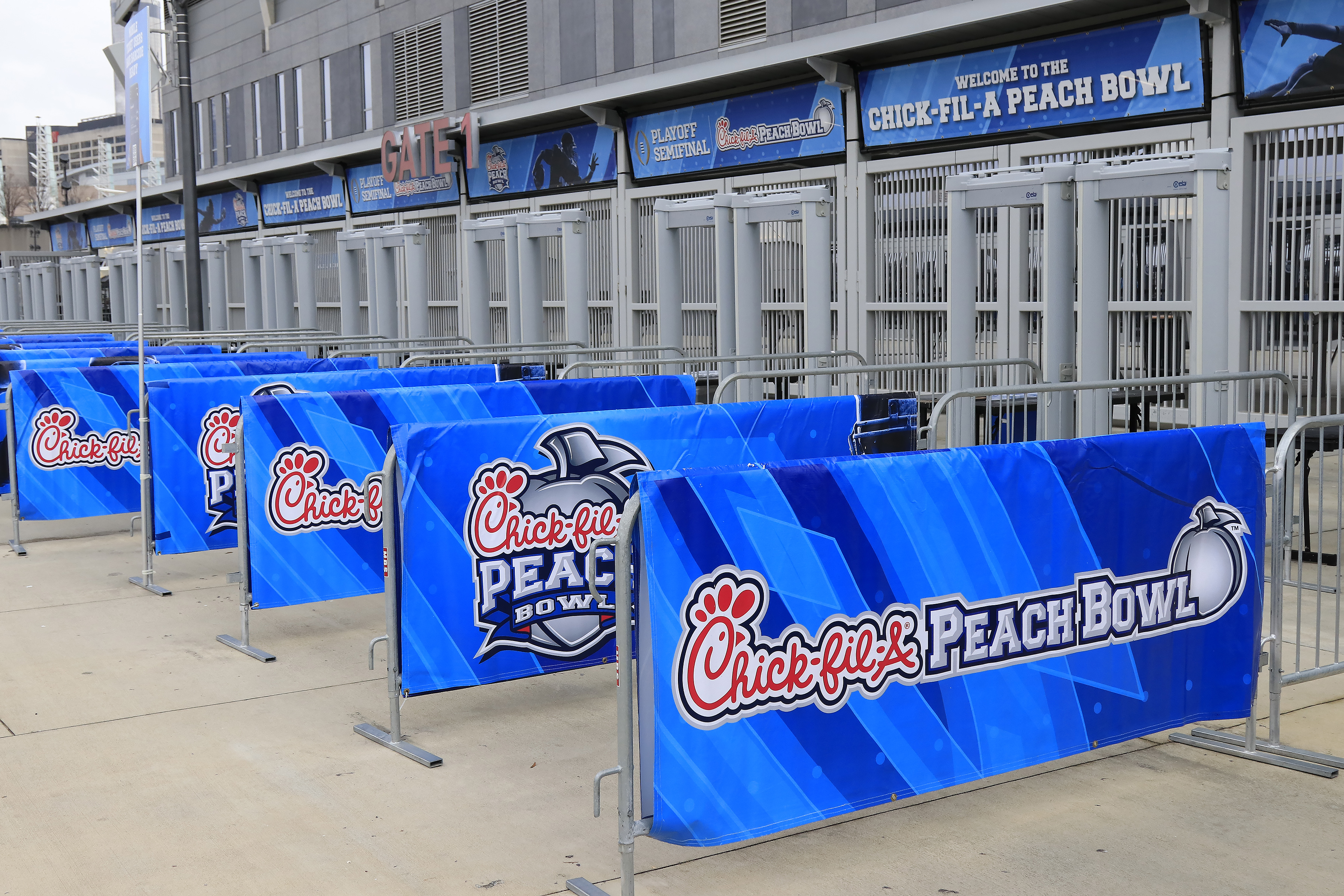 COLLEGE FOOTBALL: DEC 28 CFP Semifinal at the Chick-fil-A Peach Bowl - Oklahoma v LSU