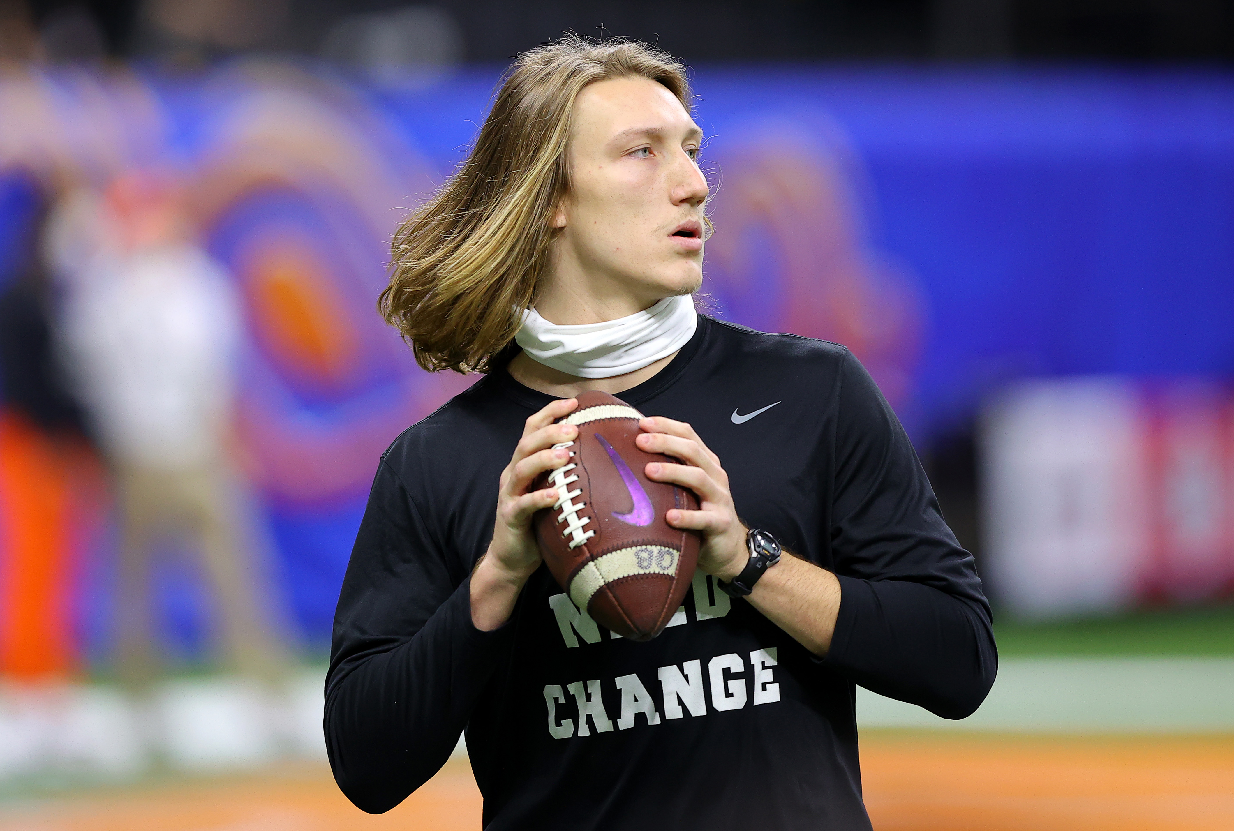 Trevor Lawrence #16 of the Clemson Tigers warms up before the game against the Ohio State Buckeyes during the College Football Playoff semifinal game at the Allstate Sugar Bowl at Mercedes-Benz Superdome on January 01, 2021 in New Orleans, Louisiana.