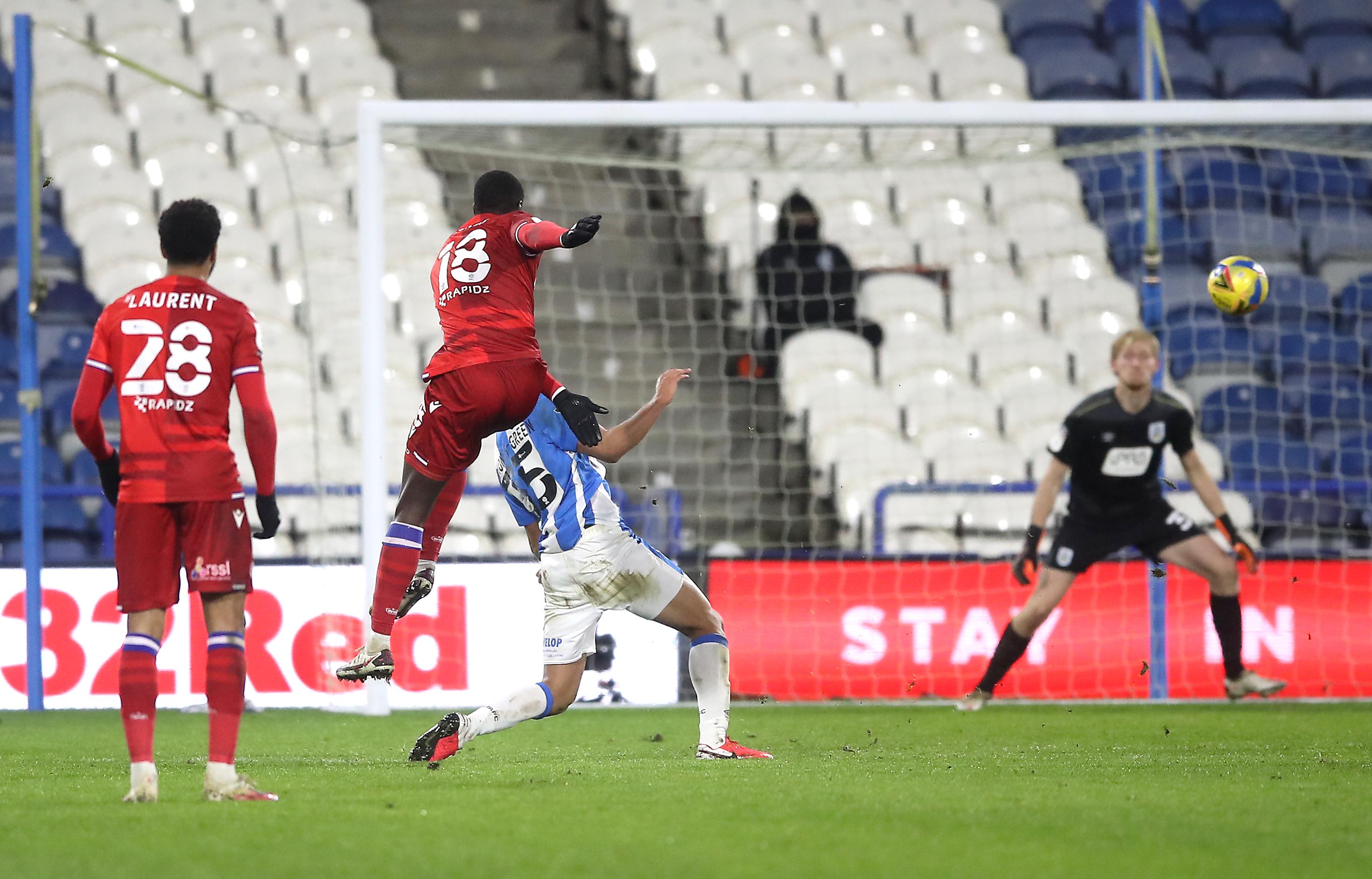 Huddersfield Town v Reading - Sky Bet Championship - John Smith's Stadium