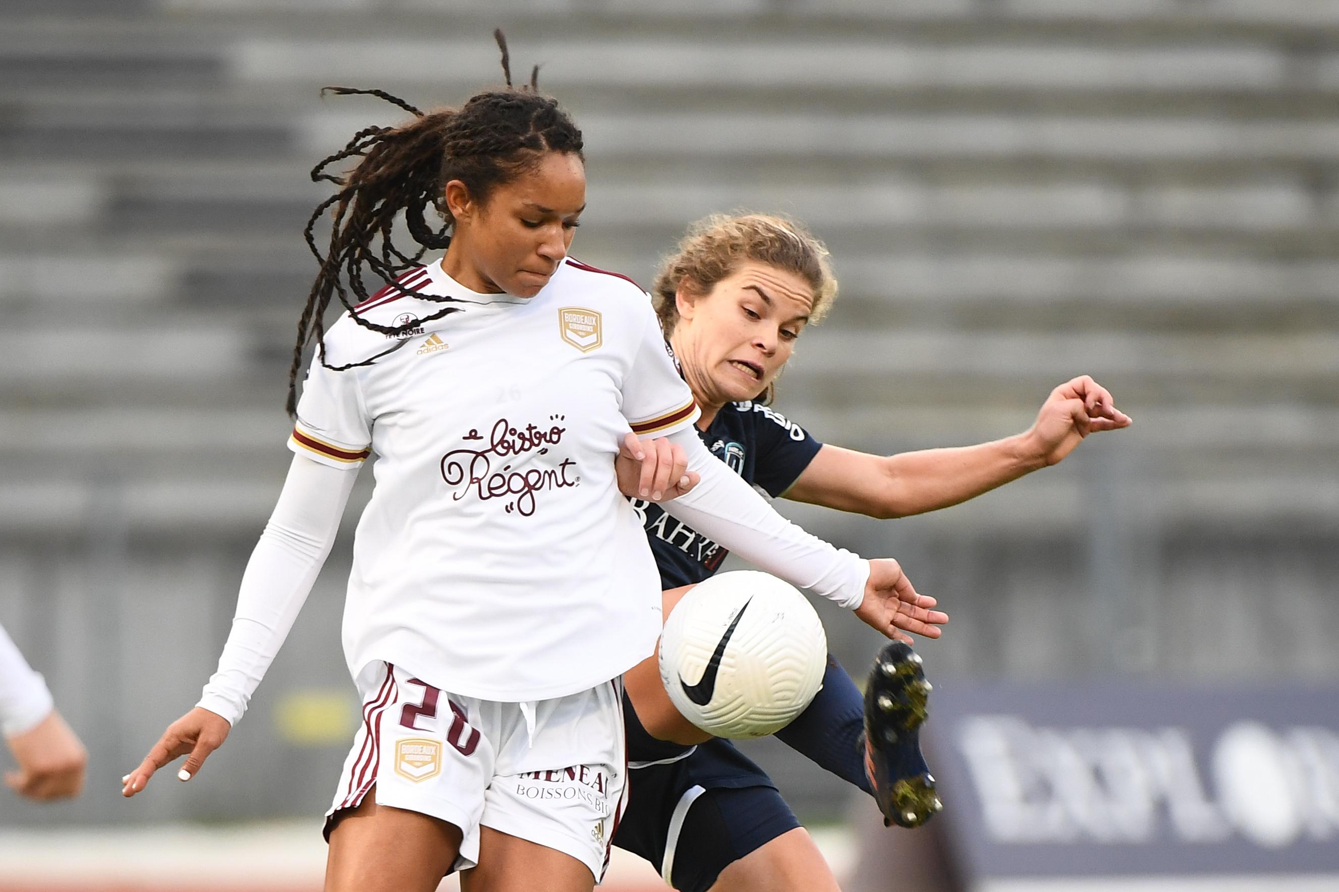 Paris FC v Girondins de Bordeaux - D1 Arkema