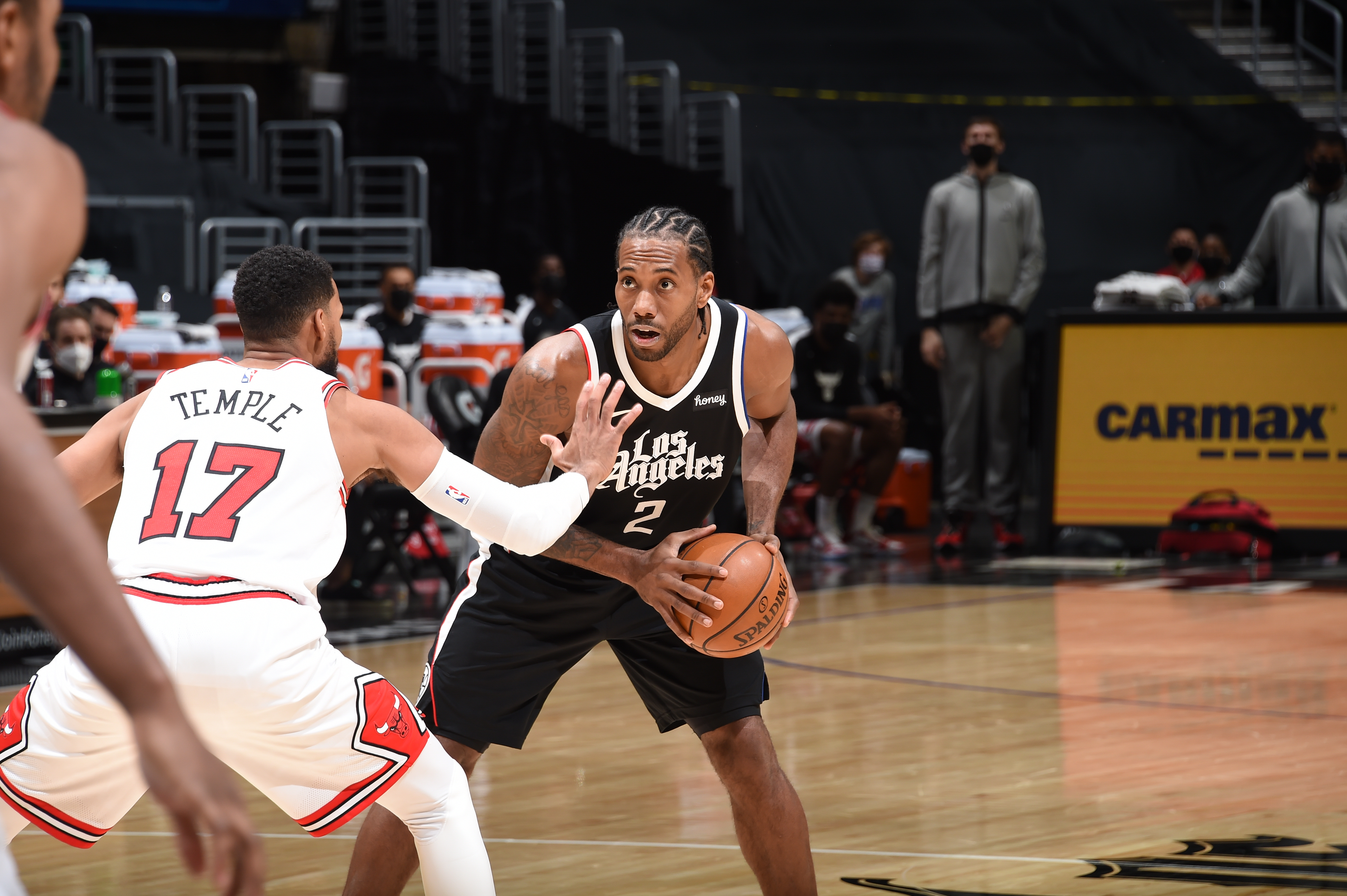 Kawhi Leonard of the LA Clippers looks to pass the ball during the game against the Chicago Bulls on January 10, 2021 at STAPLES Center in Los Angeles, California.