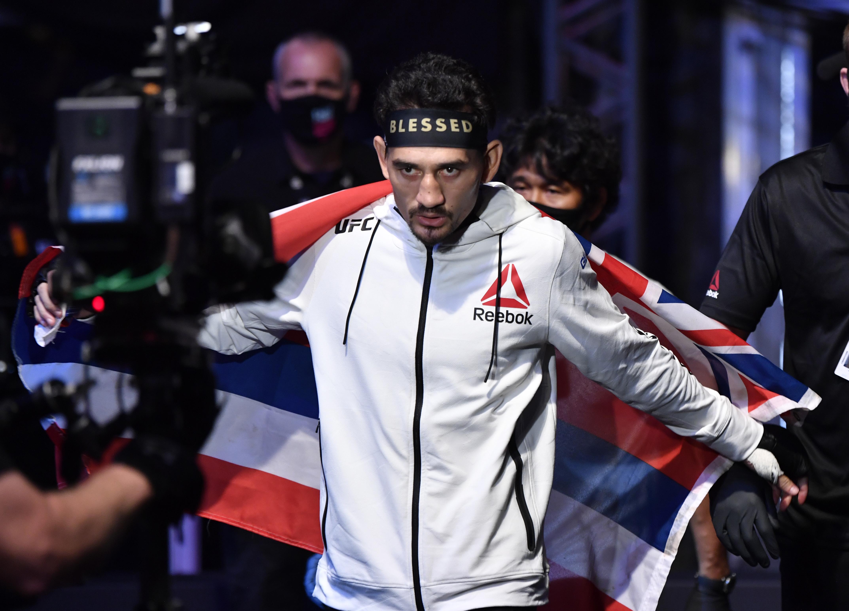 UFC 251: Volkanovski v Holloway