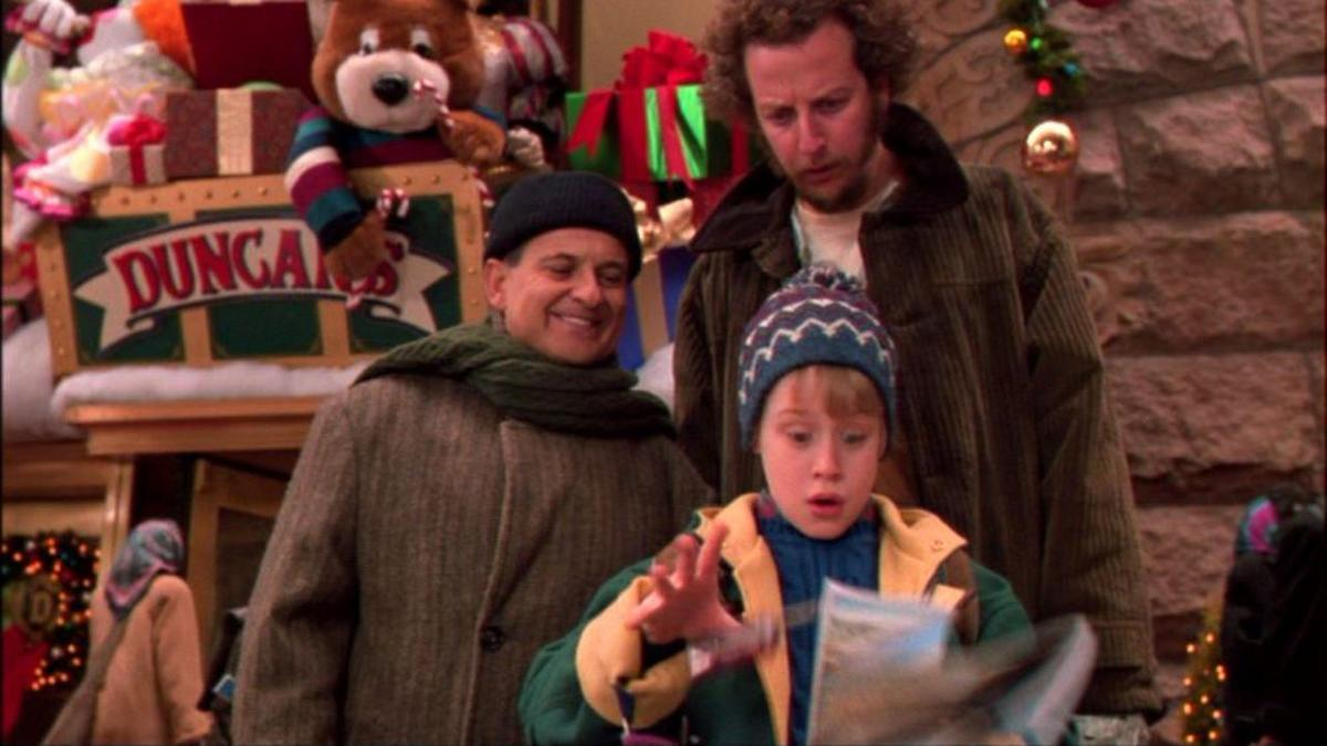 """Clockwise from bottom, Macaulay Culkin, Joe Pesci and Daniel Stern in """"Home Alone 2: Lost in New York"""" (1992), now on Blu-ray for the first time."""