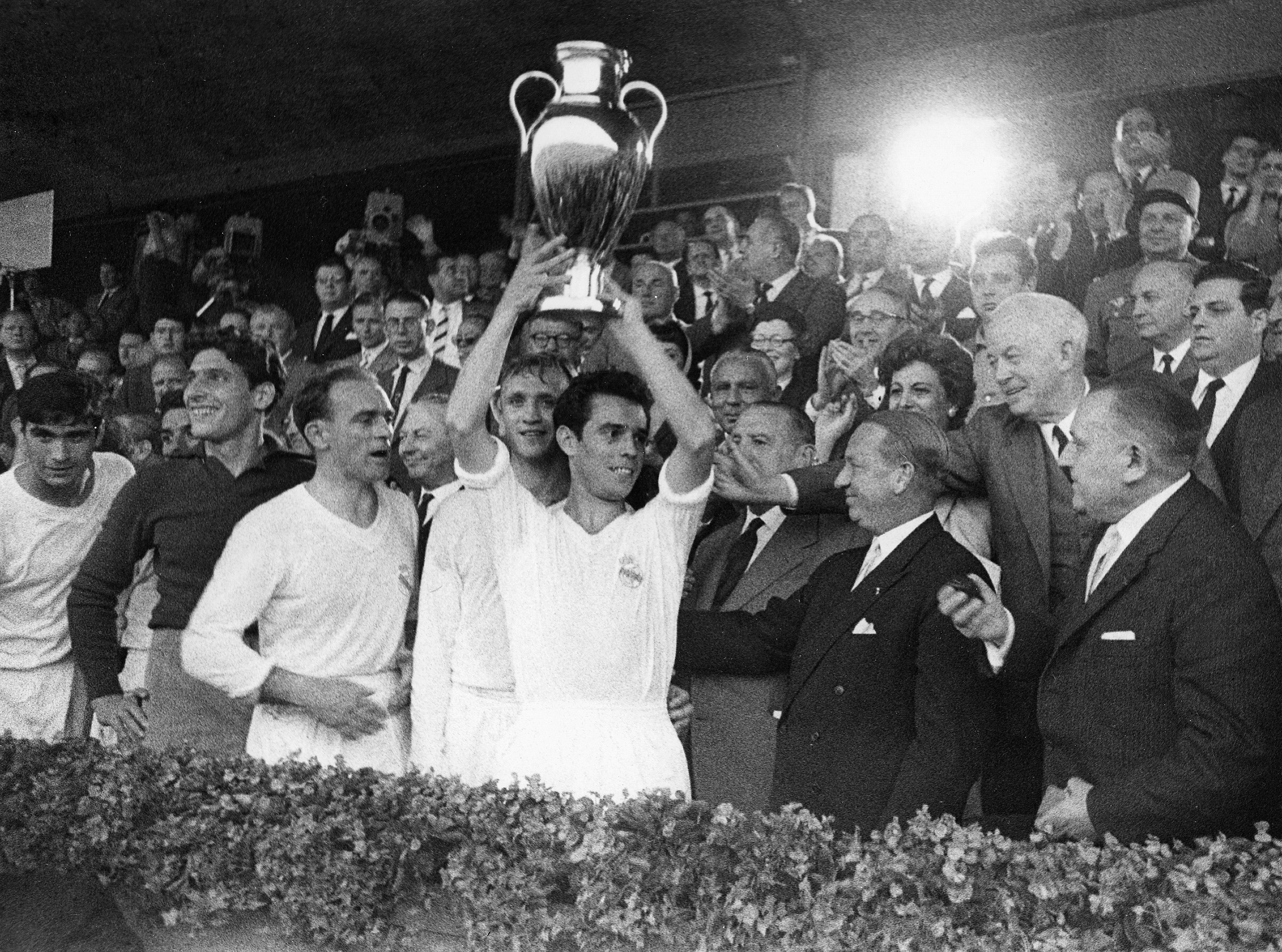 Fussball-Europapokal 1958 / 1959