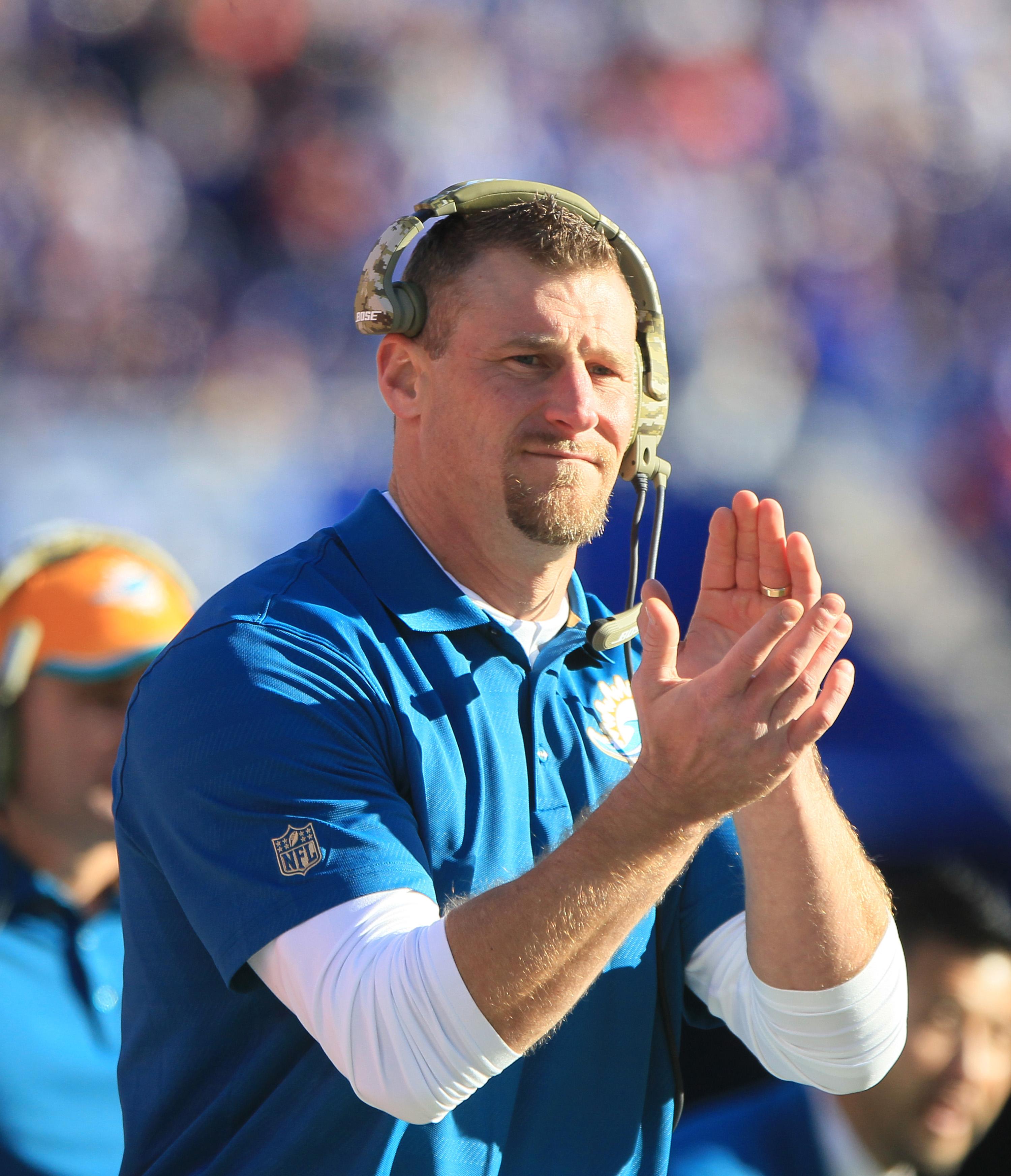 NFL: NOV 08 Dolphins at Bills