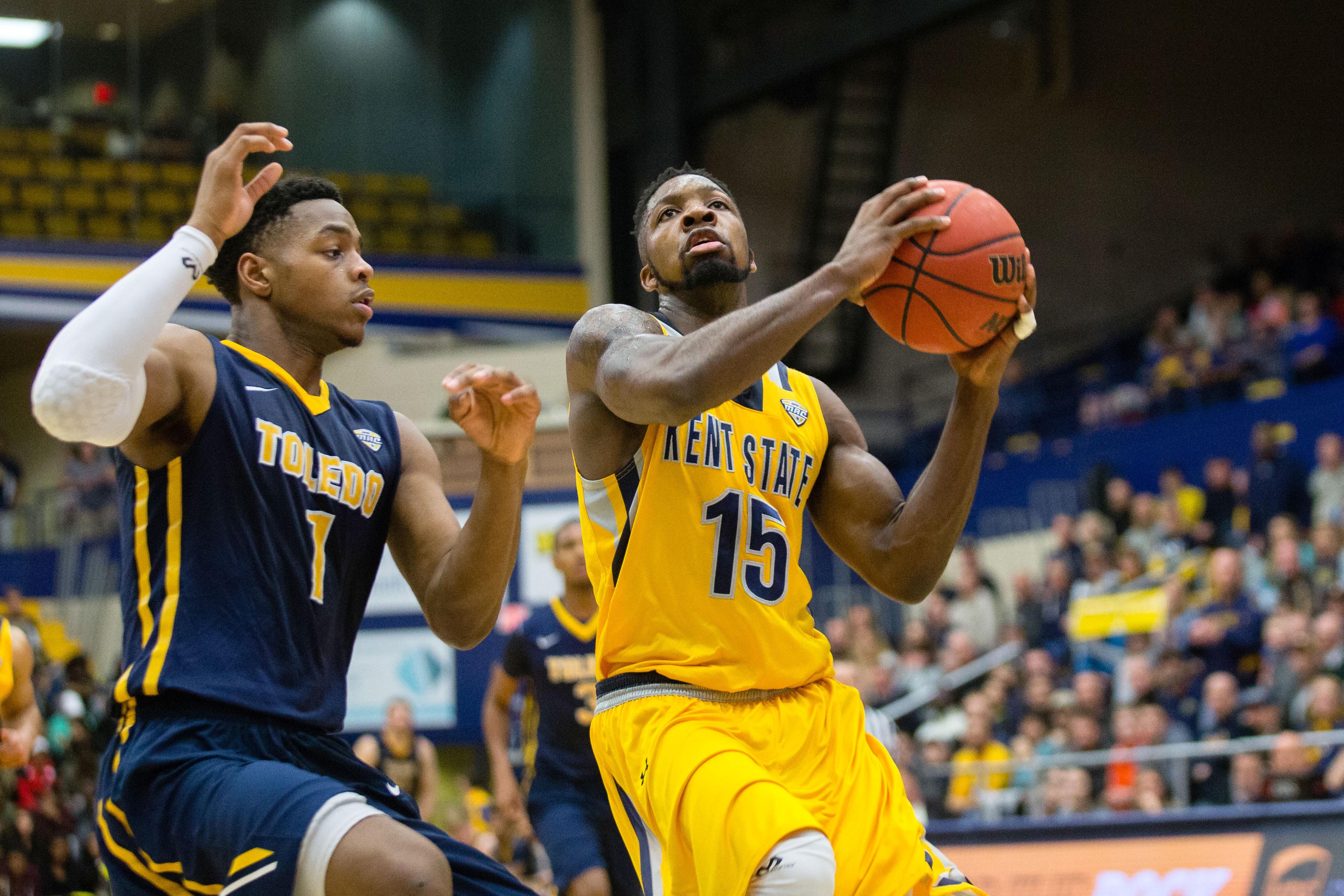 NCAA篮球:2月06日,肯特州立大学托莱多分校
