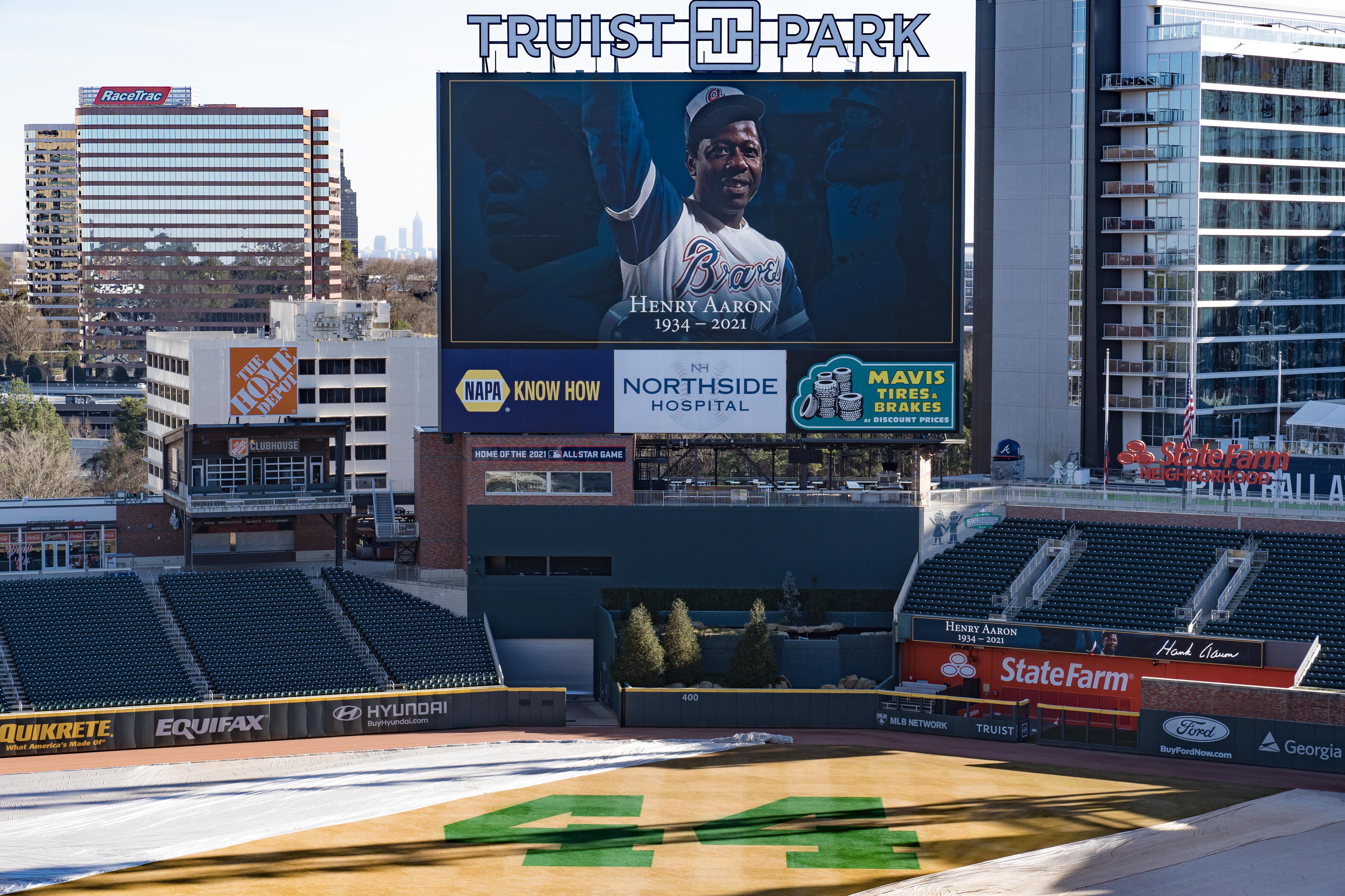 Former Atlanta Braves' Hall Of Fame Baseball Legend Hank Aaron Memorialized In Atlanta