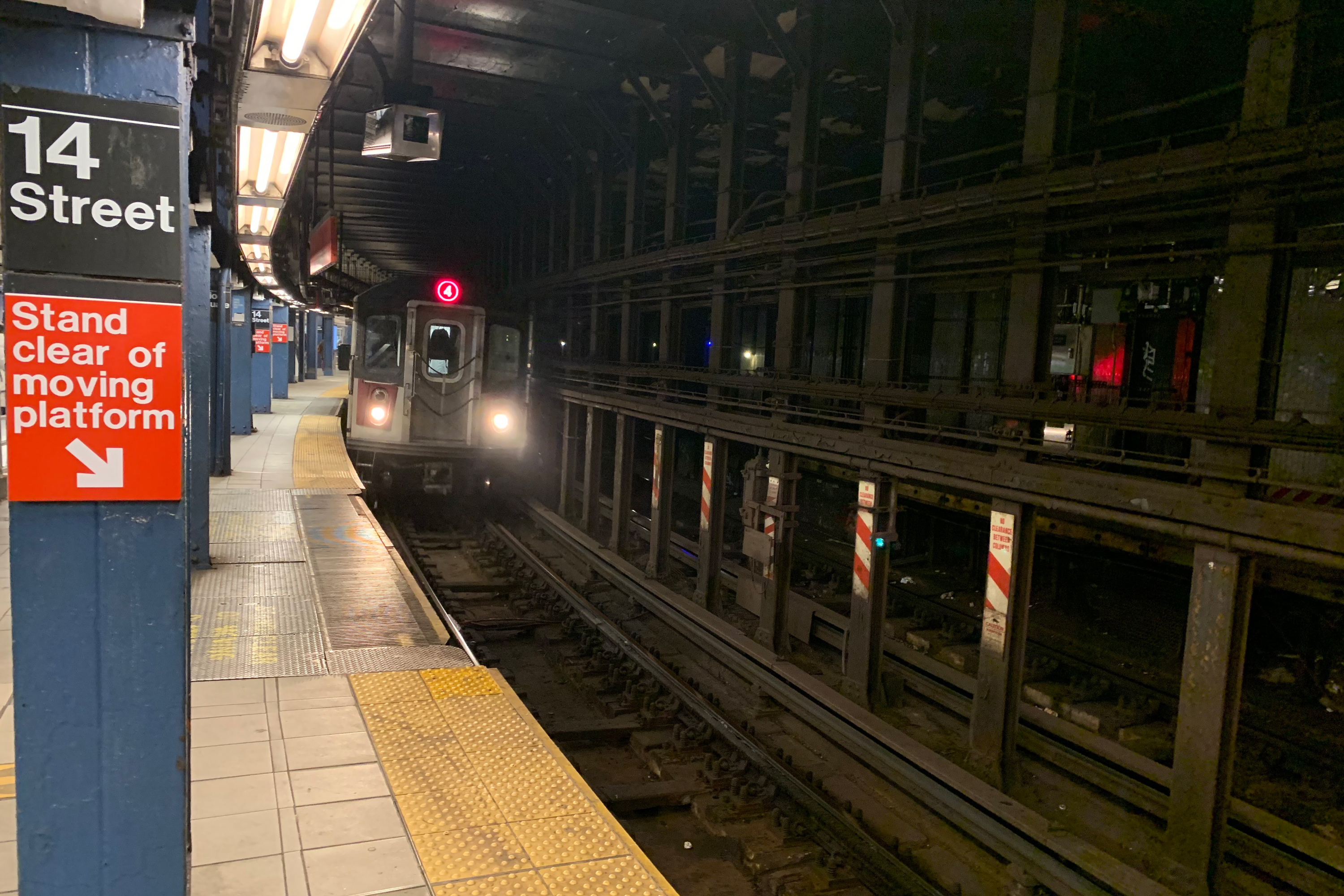 """The """"extreme curvature"""" on the southbound 4/5/6 platform at Union Square prevents the station from having a fully accessible solution, according to an MTA-commissioned study last year. Jan. 25, 2021."""