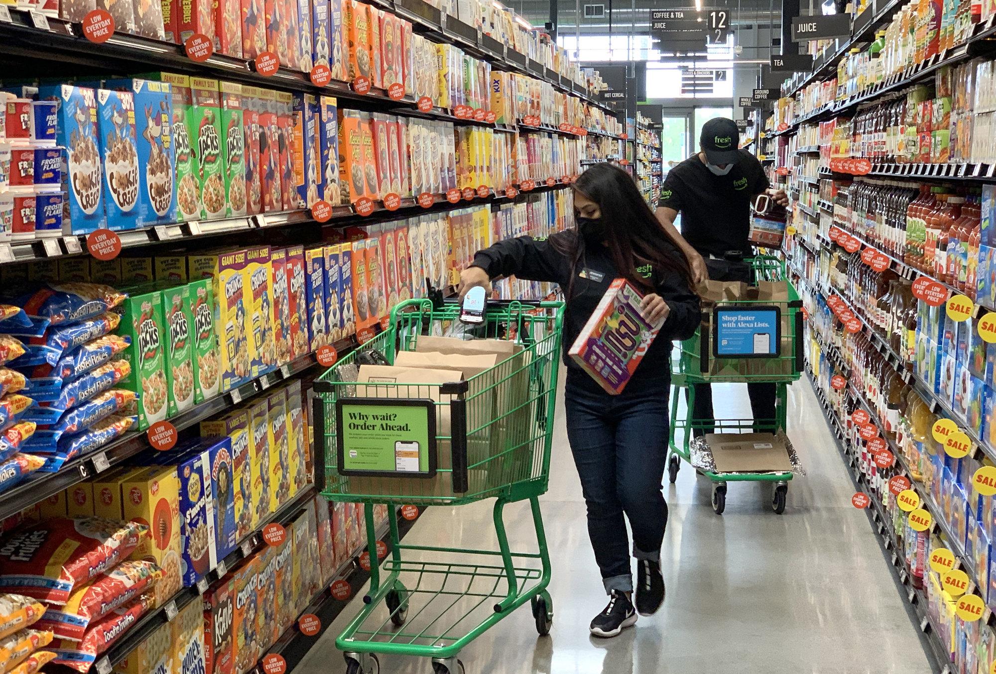 Amazon Fresh opens in Irvine, CA