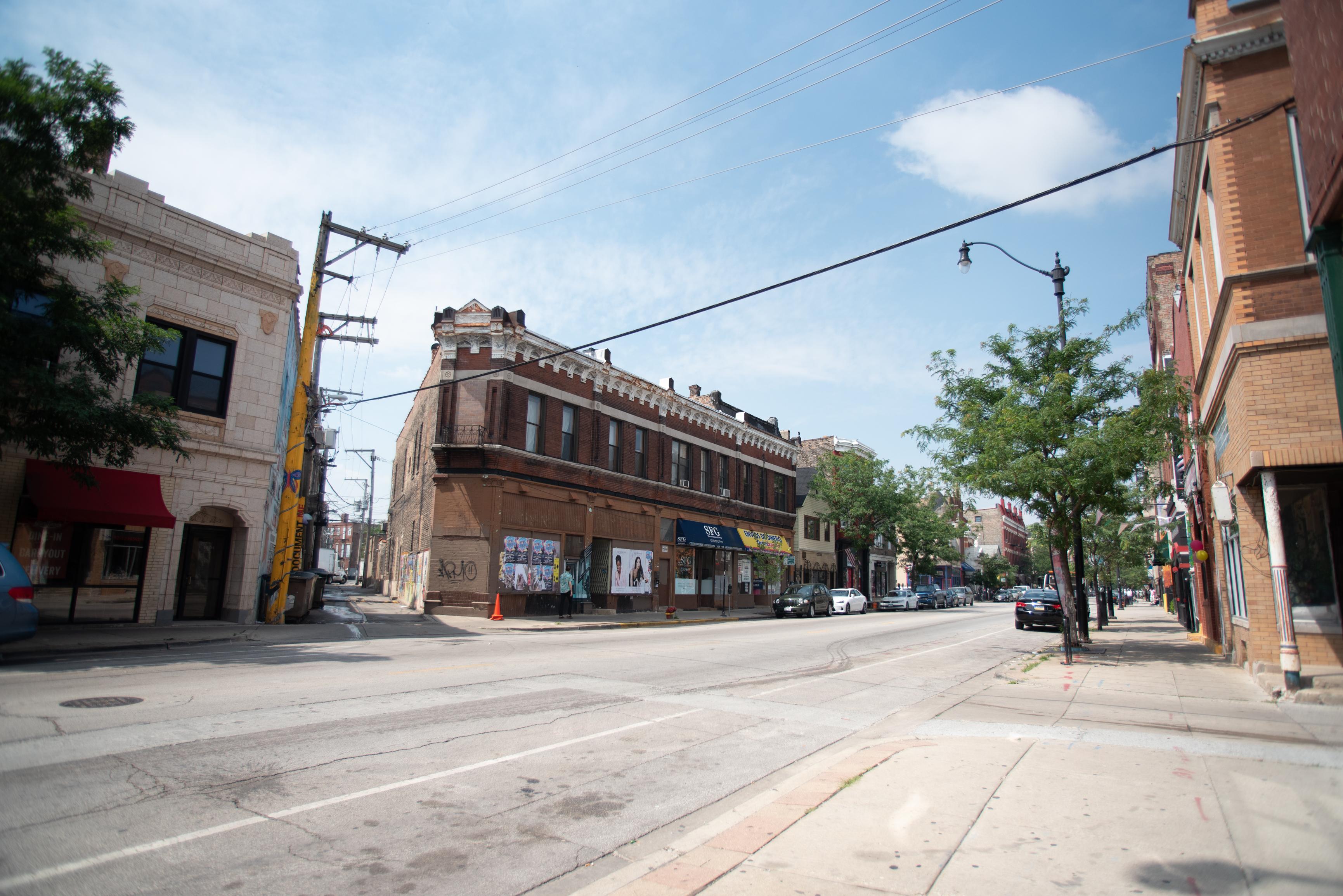 Looking west on 18th Street in Chicago's Pilsen neighborhood.