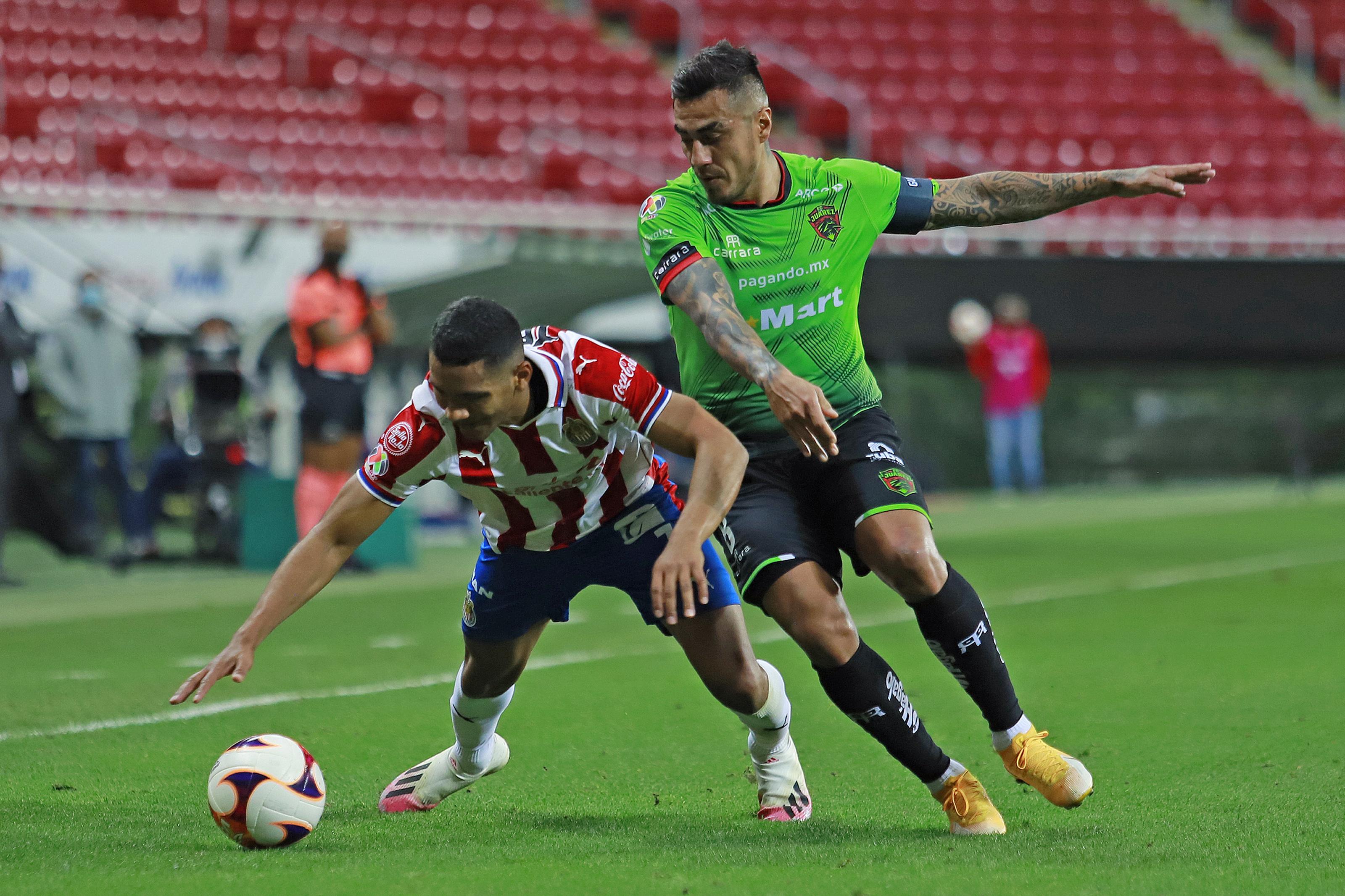 Chivas v FC Juarez - Torneo Guard1anes 2021 Liga MX