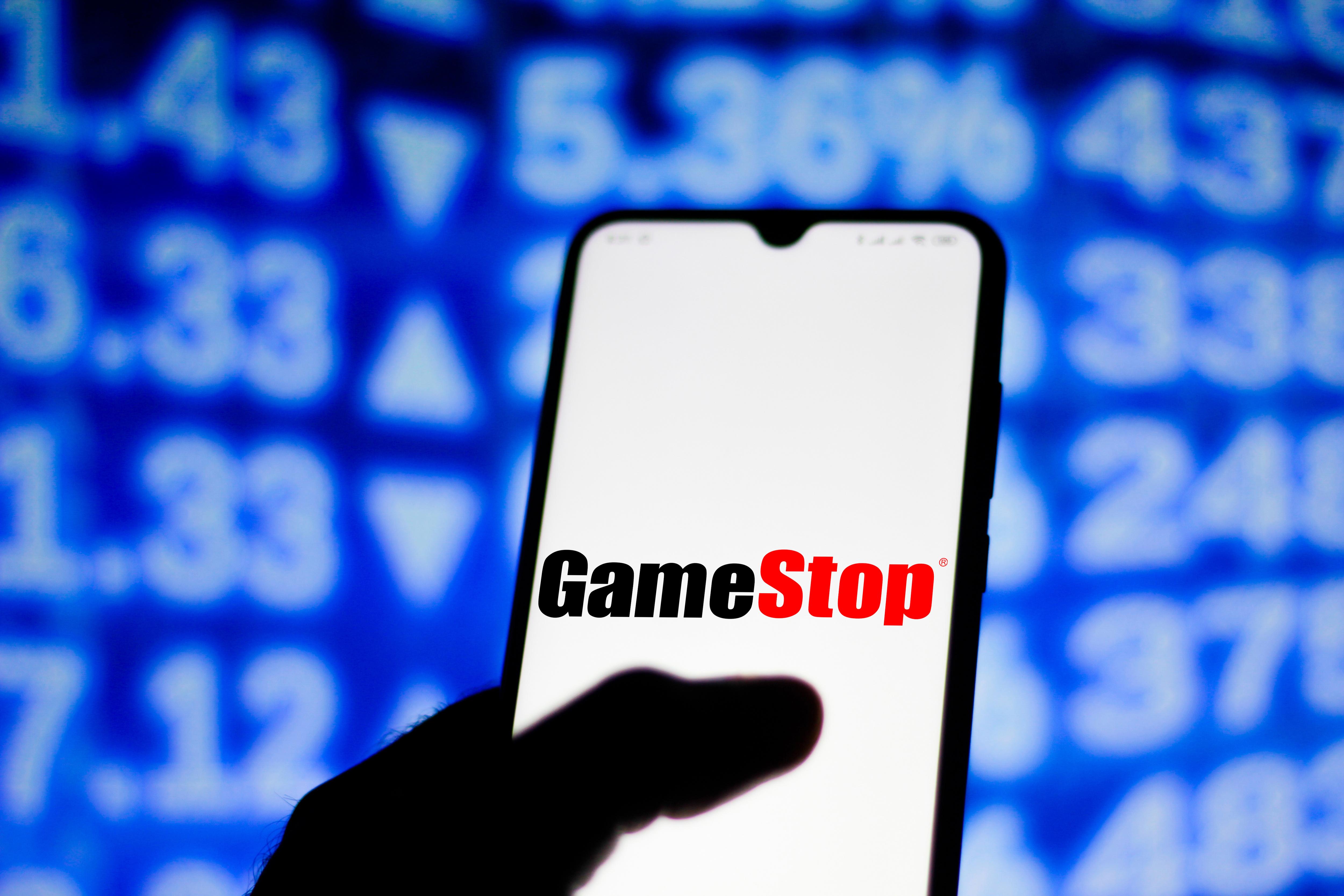 在这张照片中,我们看到的GameStop标志显示。。。